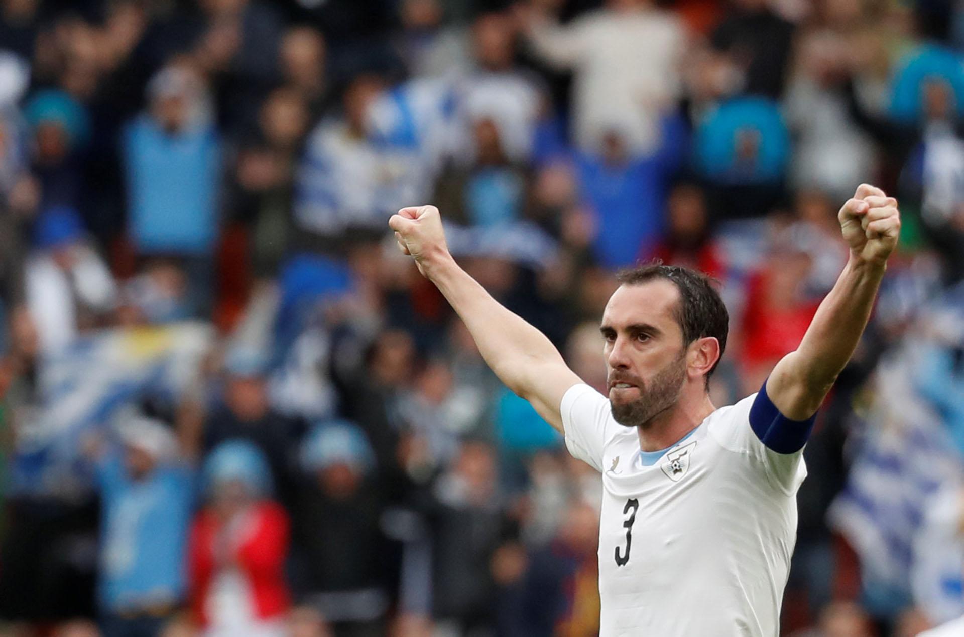 El capitán celebra la victoria de Uruguay
