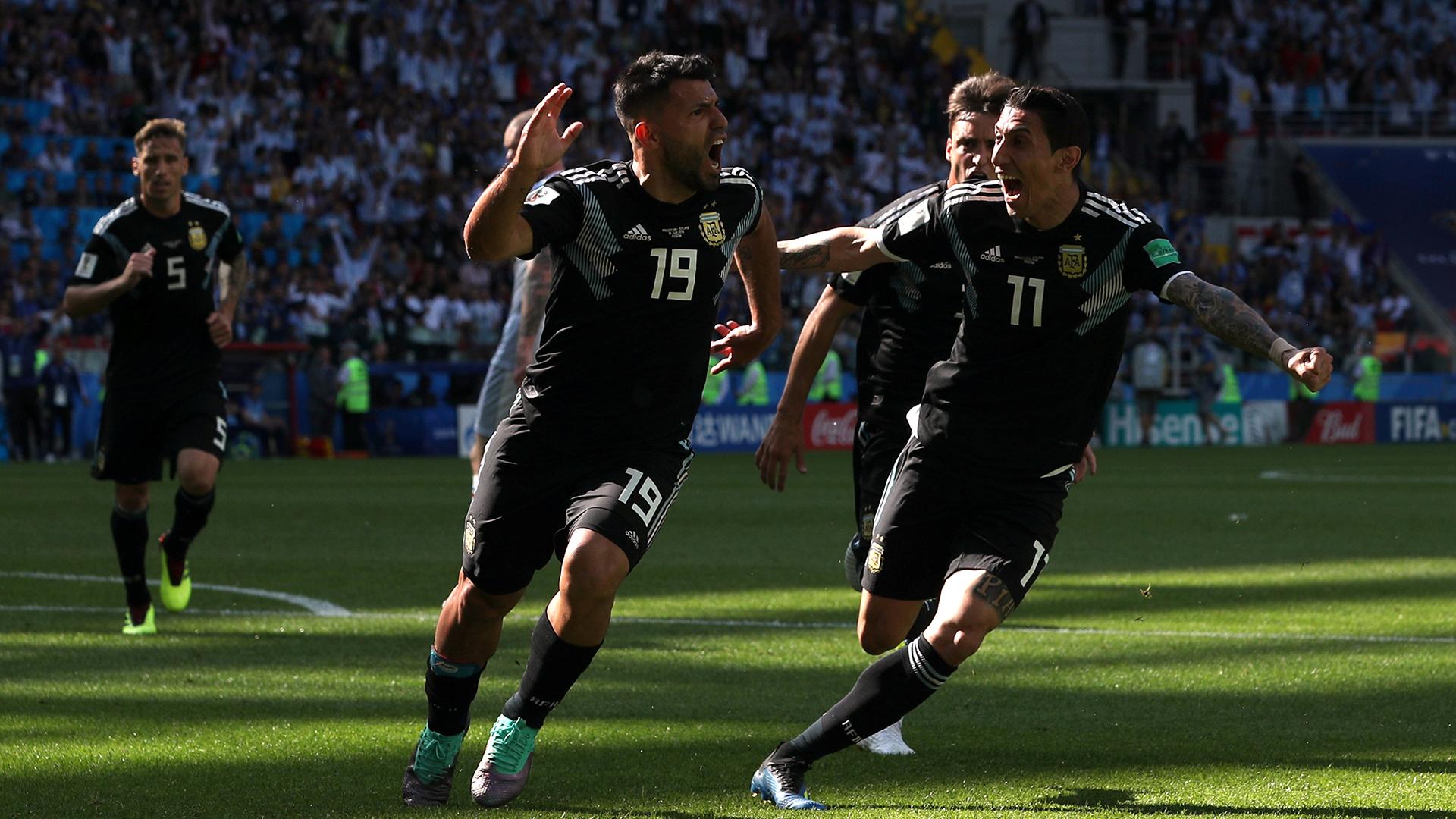 Sergio Agüero y Ángel Di María volverían a ser convocados a la Selección (REUTERS)