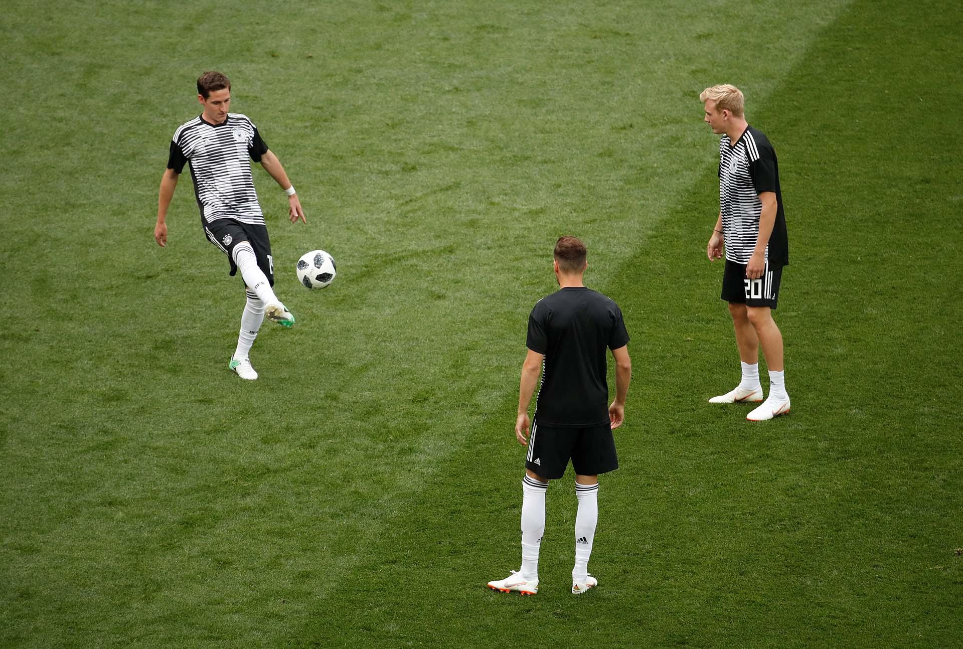 La selección alemana entra en calor en la previa del partido
