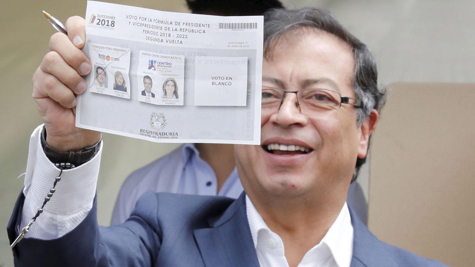 Elecciones en Colombia: Gustavo Petro votó y aseguró que busca un ...