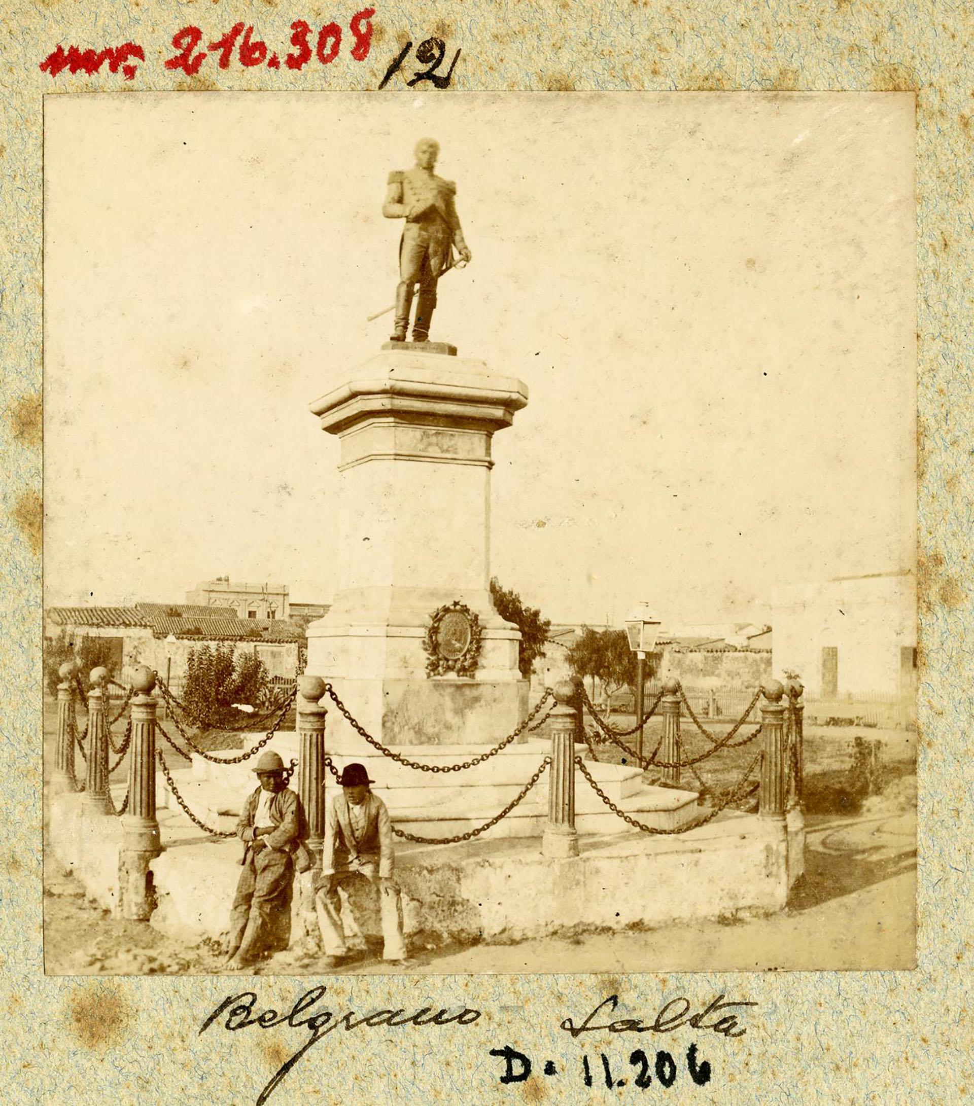 Monumento al General Belgrano en Salta (Archivo General de la Nación)