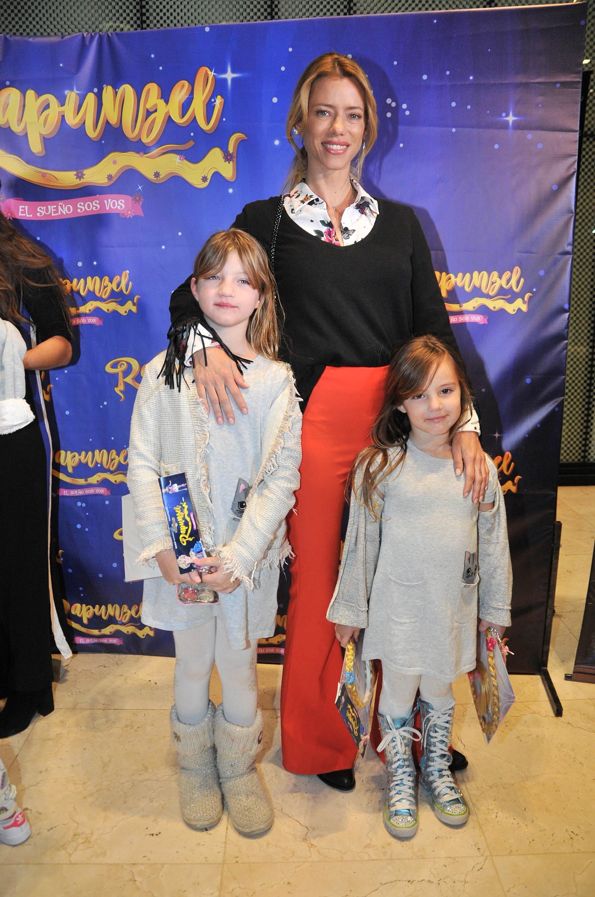 Nicole Neumann con sus hijas, Indiana y Allegra (Fotos: Verónica Guerman / Teleshow)