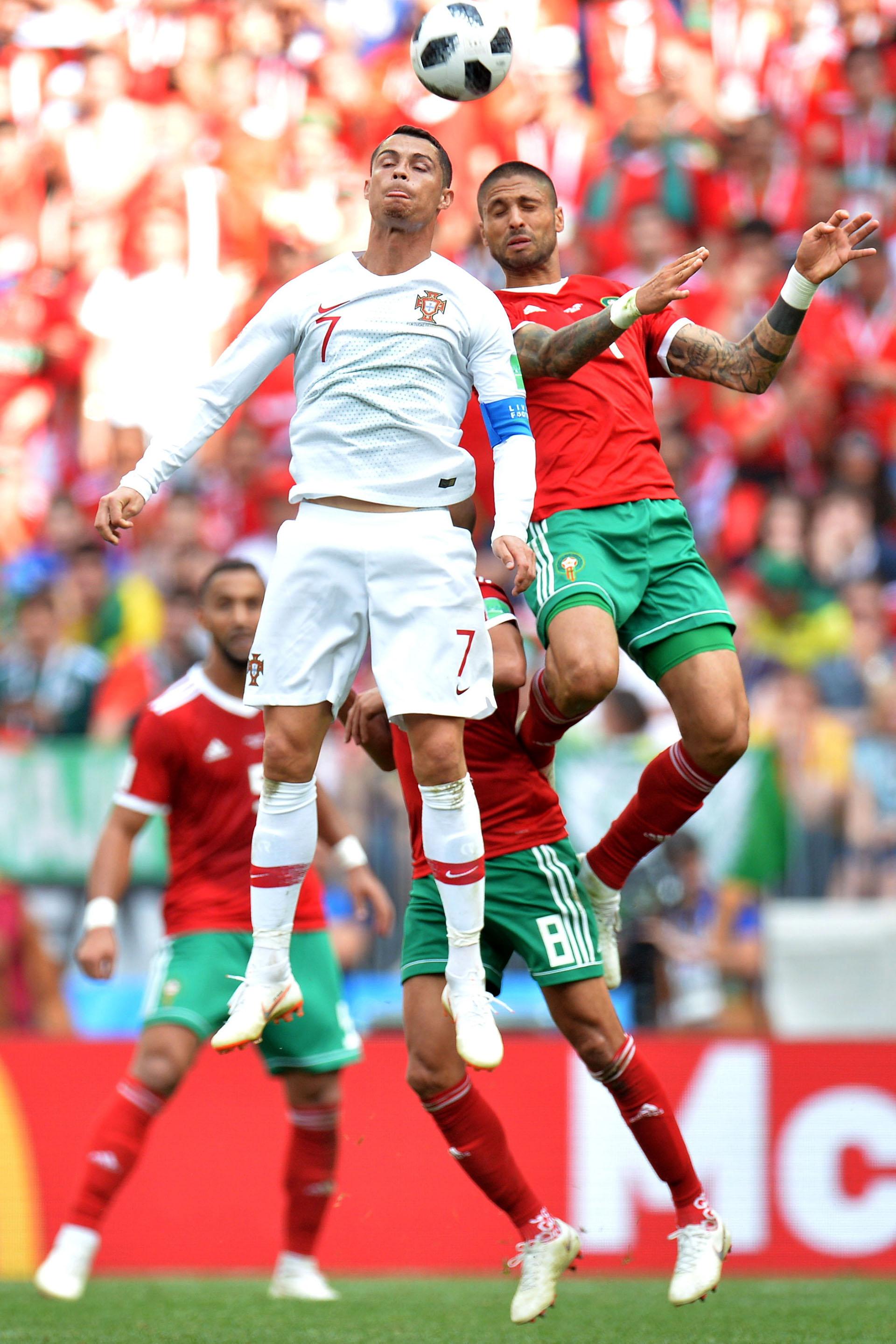 El portugués gana por centímetros. EFE