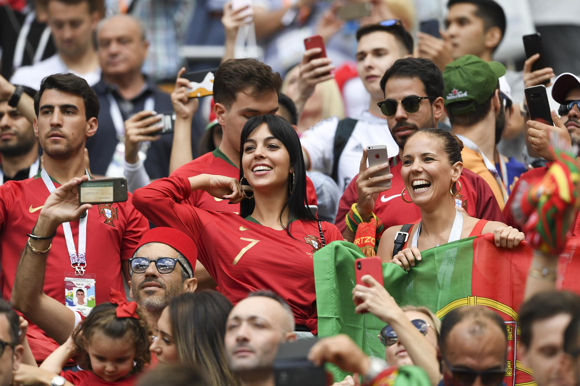 La modelo argentina Georgina Rodríguez alentó a Cristiano Ronaldo en la victoria ante Marruecos (The Grosby Group)