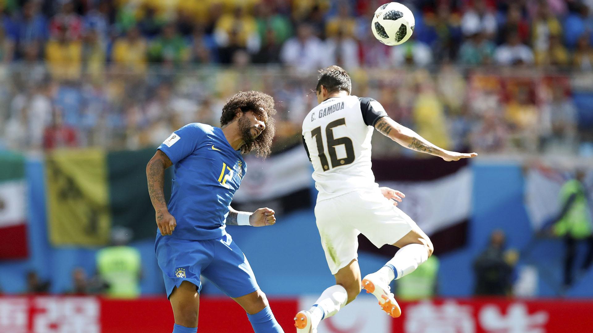 Marcelo y Gamboa tuvieron un duelo clave por la banda izquierda