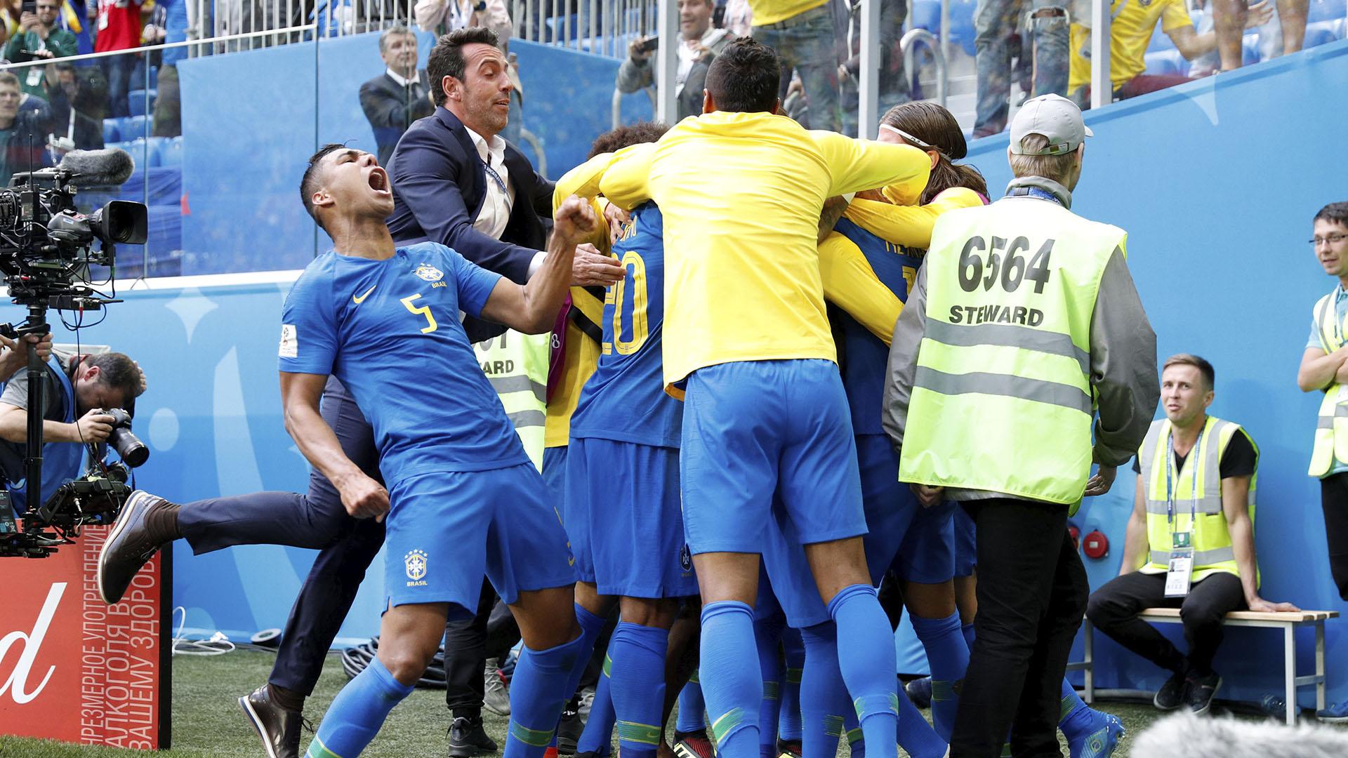 Los braileños festejaron el primer gol después de los 90 minutos