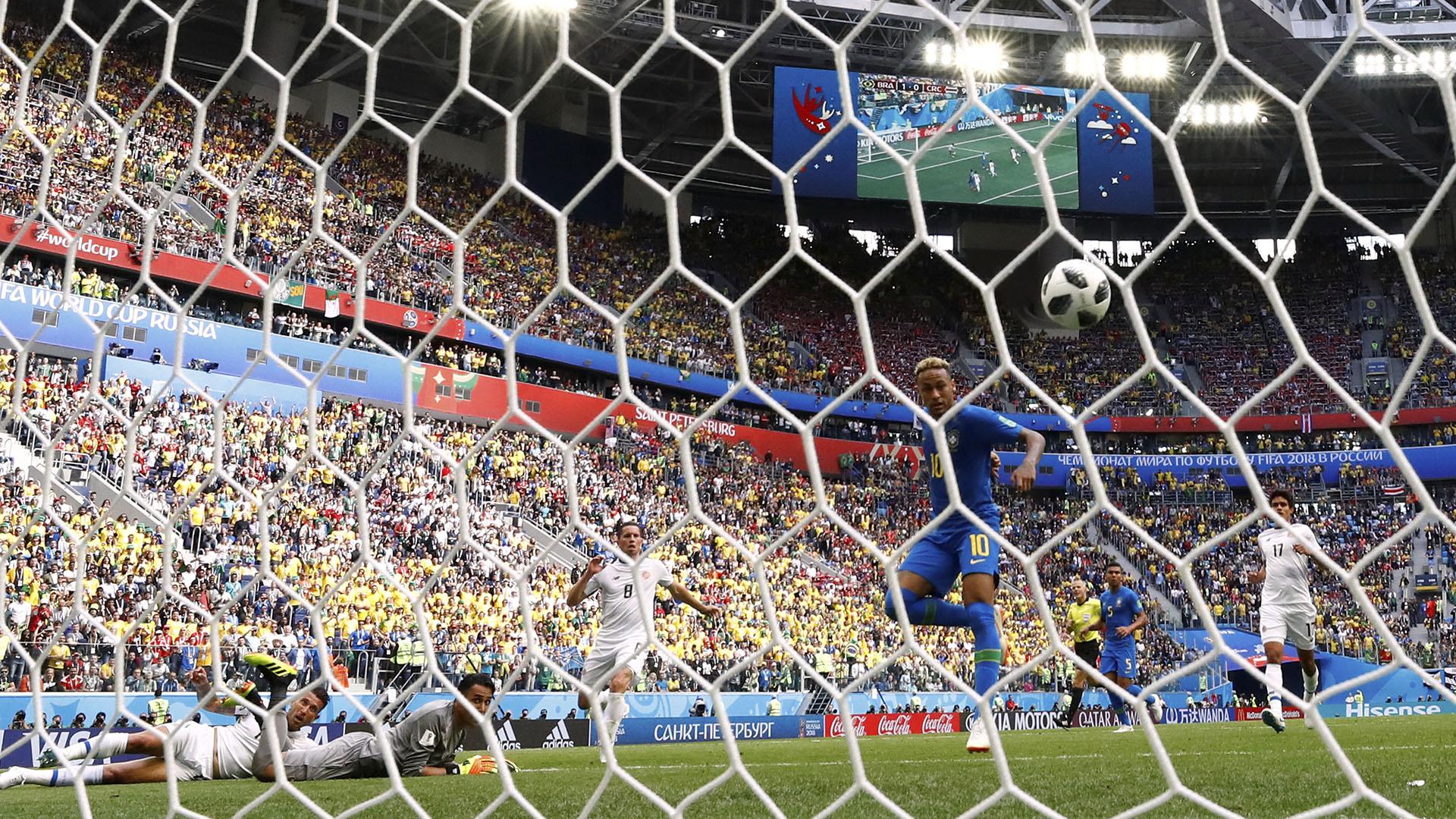 El brasileño logró abrir su cuenta goleadora