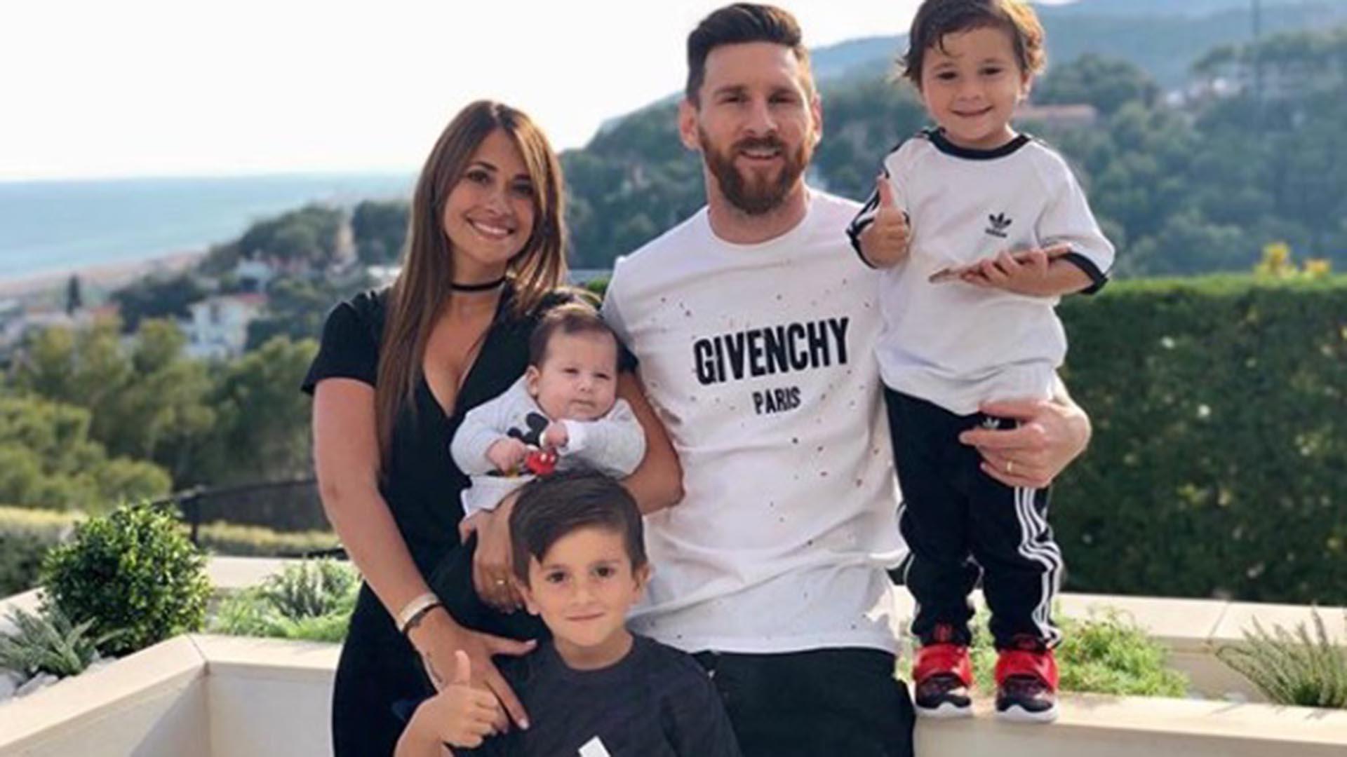"""Antonela Rocuzzo publicó una foto tierna para apoyar a su marido Lionel Messi, en medio de los rumores de separación. """"Siempre juntos y con vos más que nunca"""", escribió en la red social"""