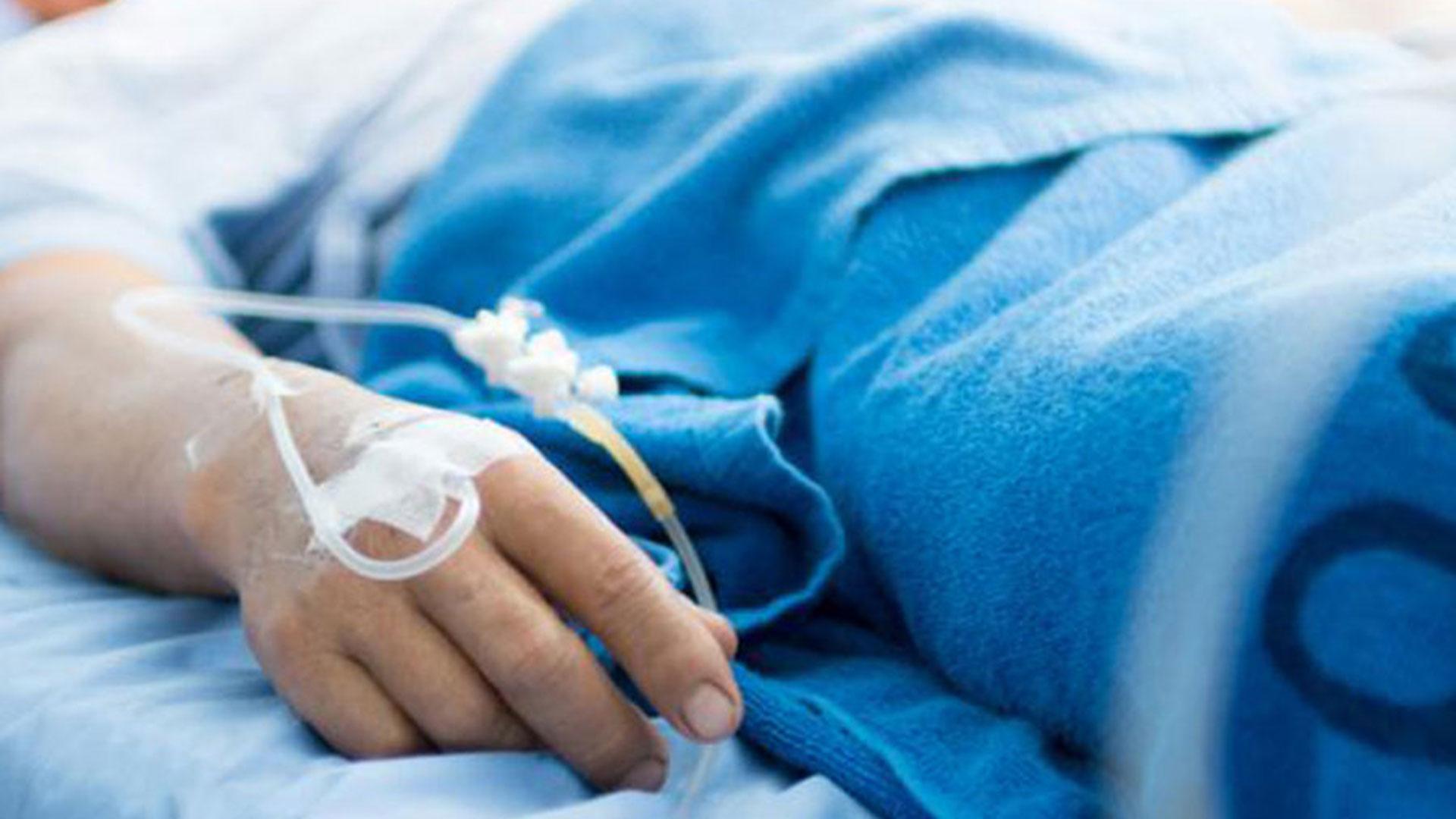 El tratamiento consta de la internación del paciente en una unidad de cuidados intensivos y se le aplica el suero Antitoxina botulínica