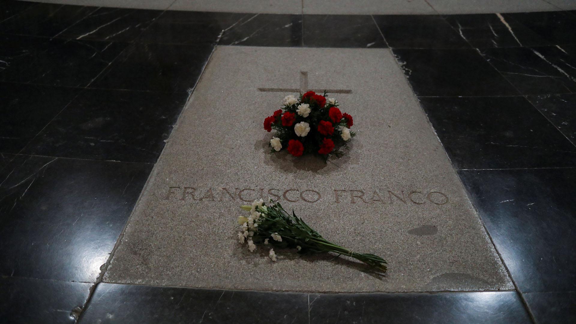 Tumba del dictador Francisco Franco en el Valle de los Caídos (Foto: Reuters)