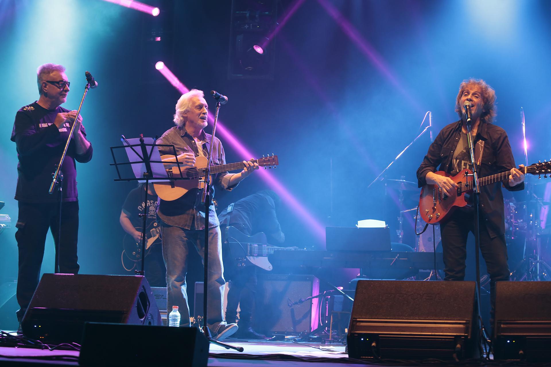 Sobre el escenario, una buena parte de la historia grande del rock nacional: Gieco, Mestre y Porchetto