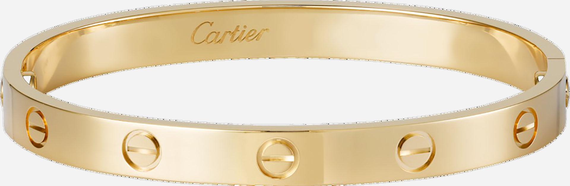 """Cartier es una de las marcas de joyería más importantes del mundo. Estas esclavas pertenecen a la línea """"Love"""" de la colección """"Cartier Classic"""". En oro amarillo de 18 kilates, es una de las más vendidas a nivel mundial. Esta colección empezó en 1970 y nunca más paró (Cartier)"""