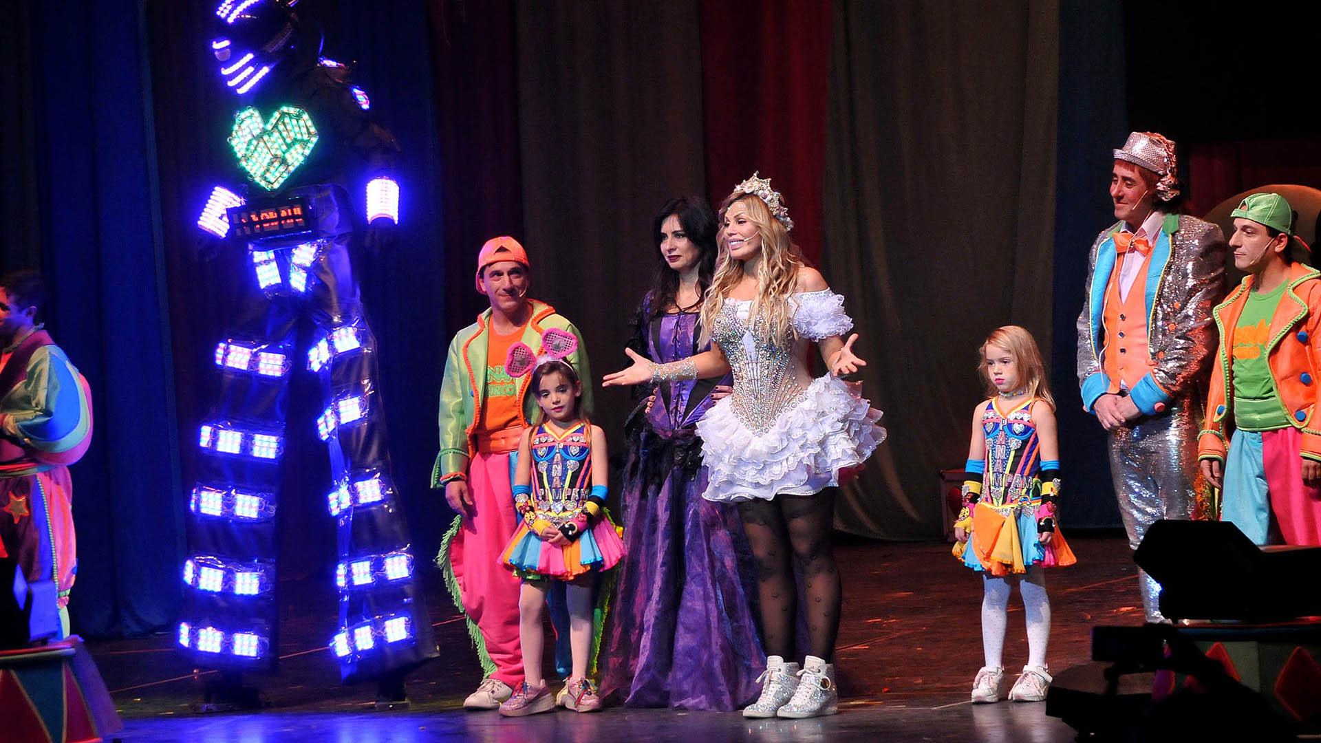 Laura Franco brindó dos espectáculos especiales antes de iniciar su gira