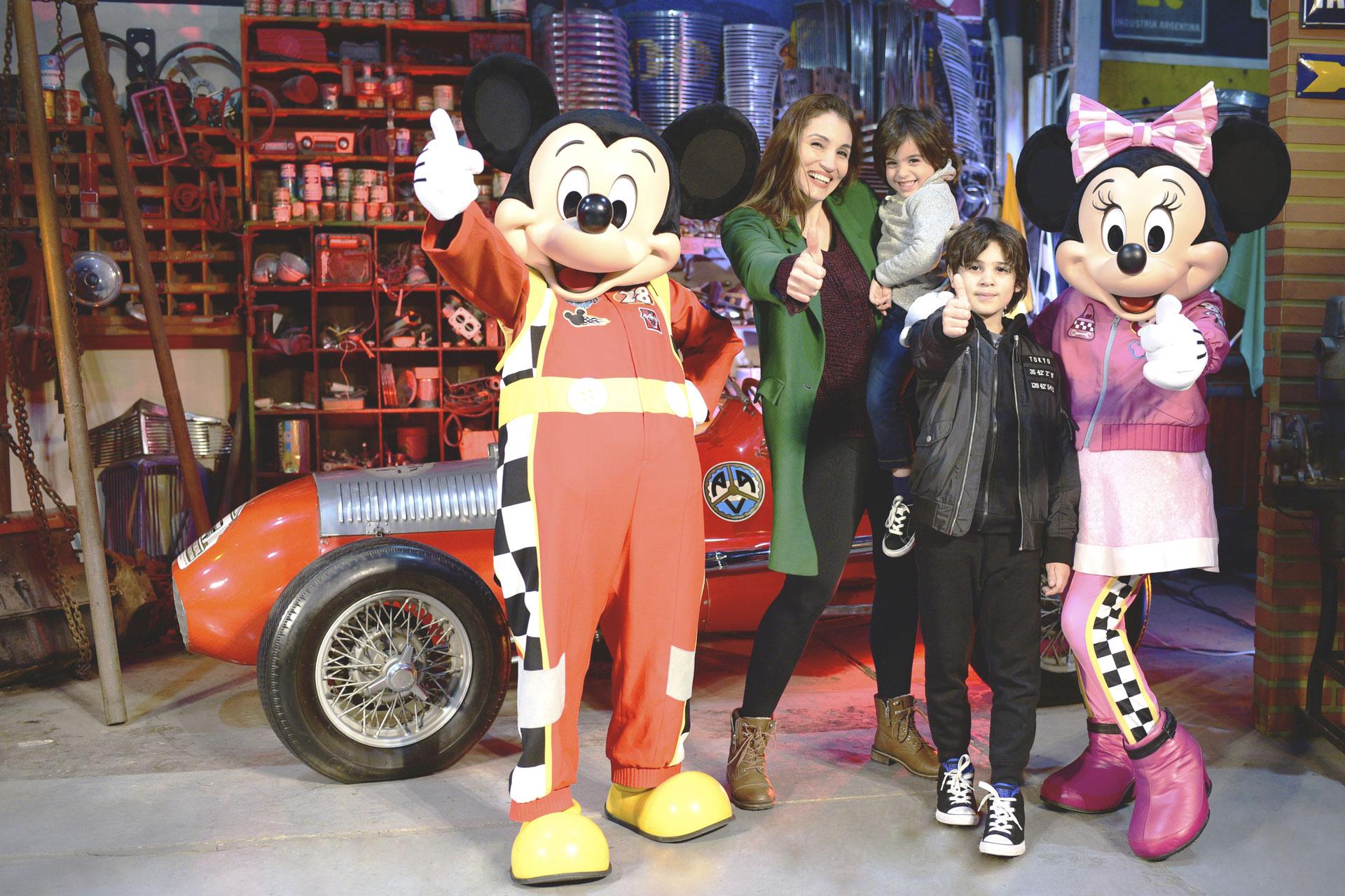 Mónica Listorti con sus hijos Bruno y Franco