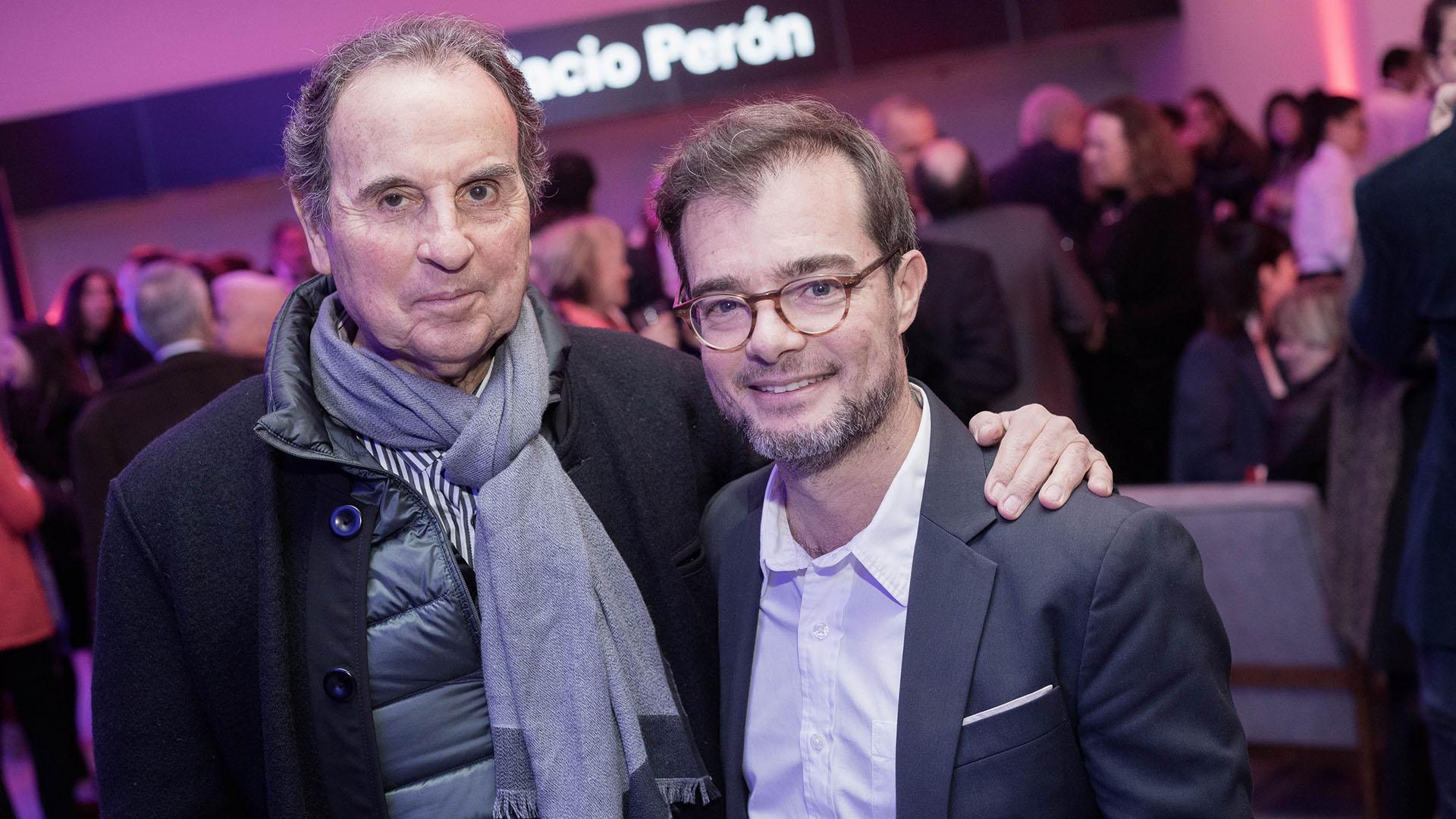Aldo Sessa junto a Enrique Avogadro, ministro de Cultura porteño
