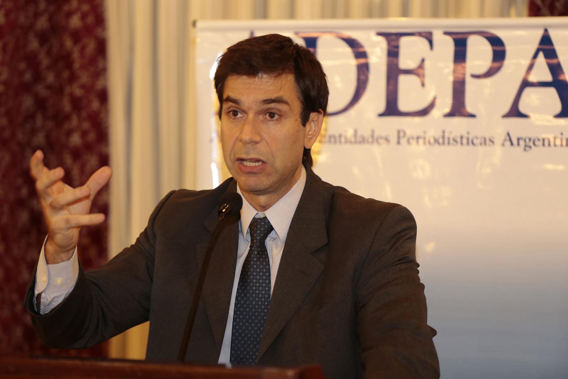 Daniel Dessein, presidente de ADEPA, fue uno de los oradores del encuentro