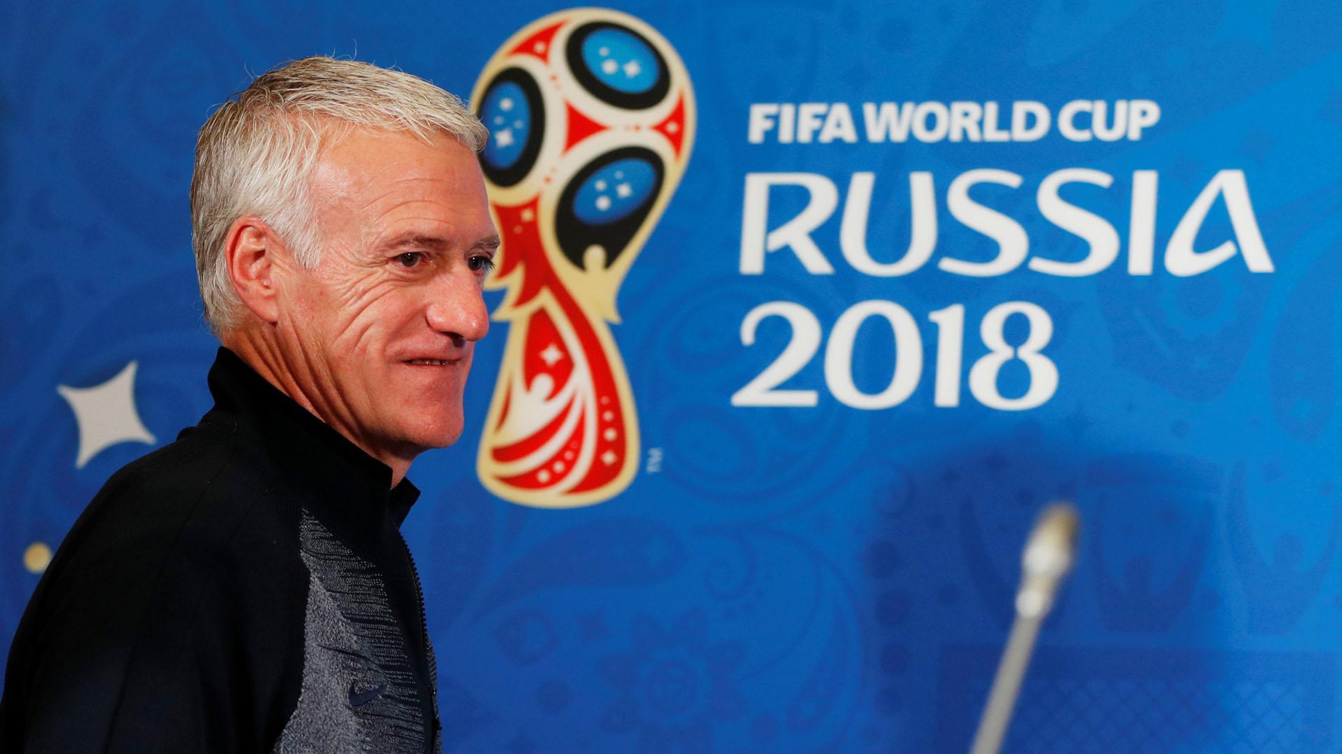 DidierDeschamps reemplaza a Hugo Lloris en cada conferencia de prensa del equipo francés(Reuters)