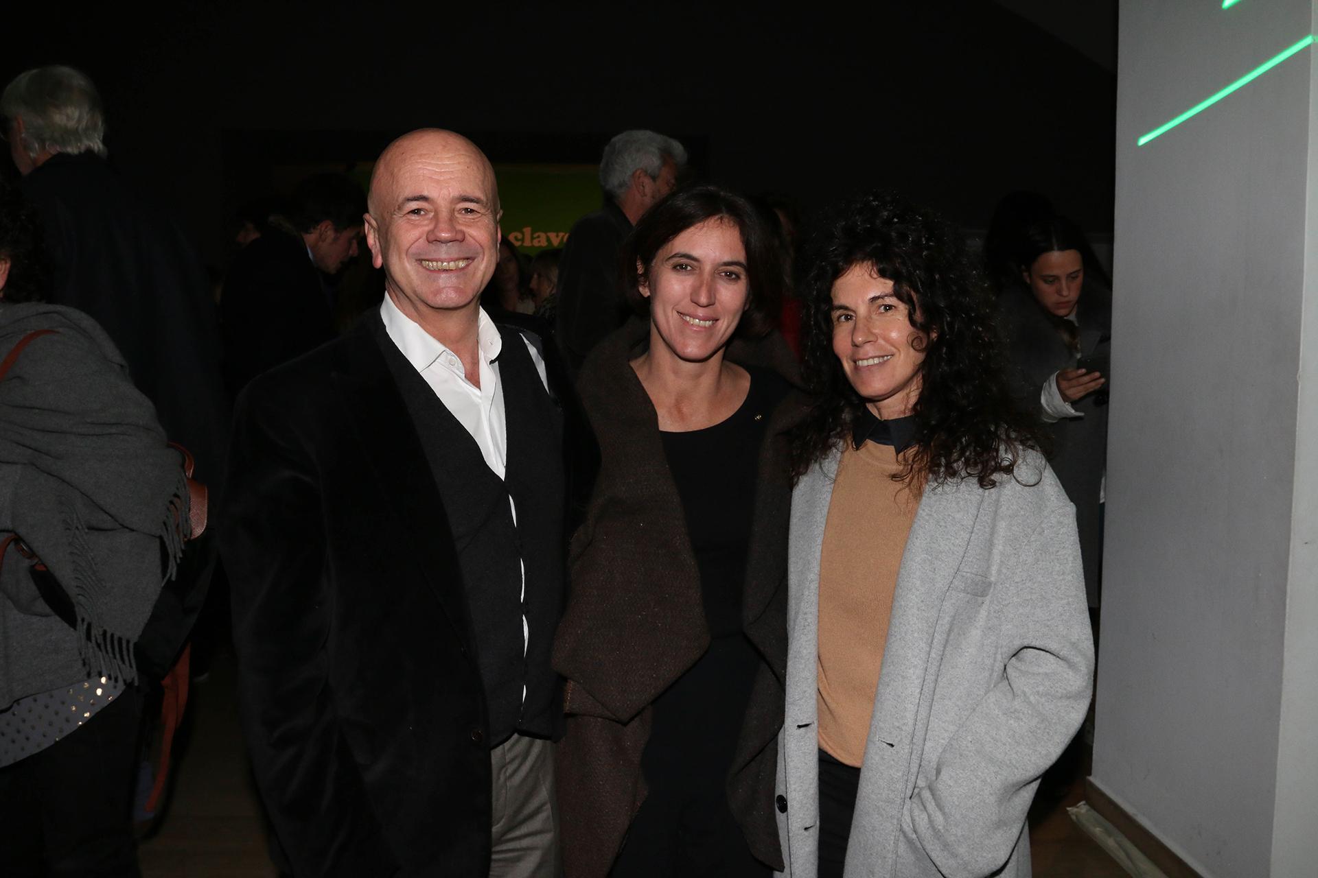 Jorge Telerman, Victoria Noorthoorn, directora del Museo de Arte Moderno de Buenos Aires, y Cynthia Cohen