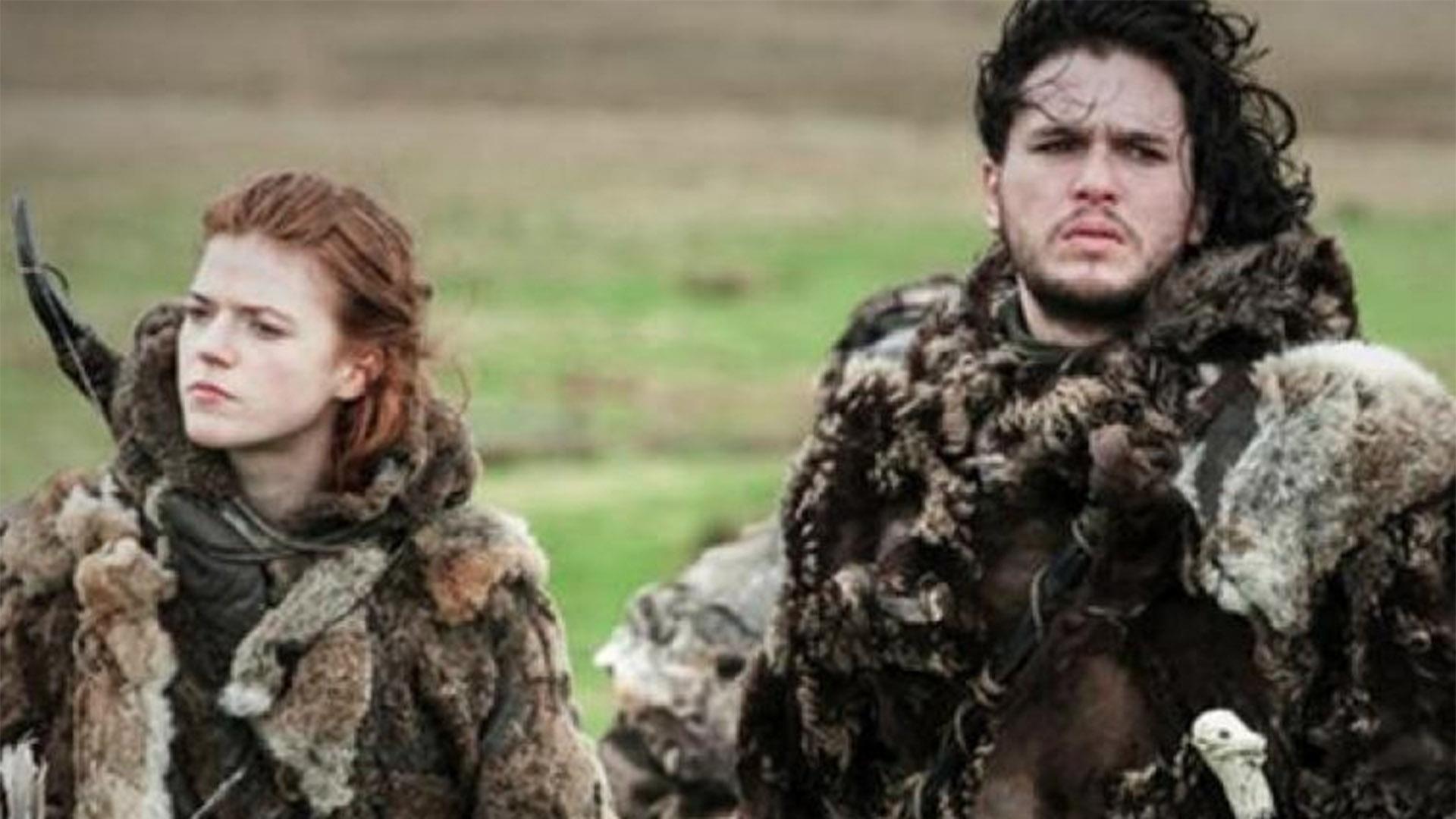 """Kit Harrington y Rosie Lieslie en """"Game of Thrones"""""""
