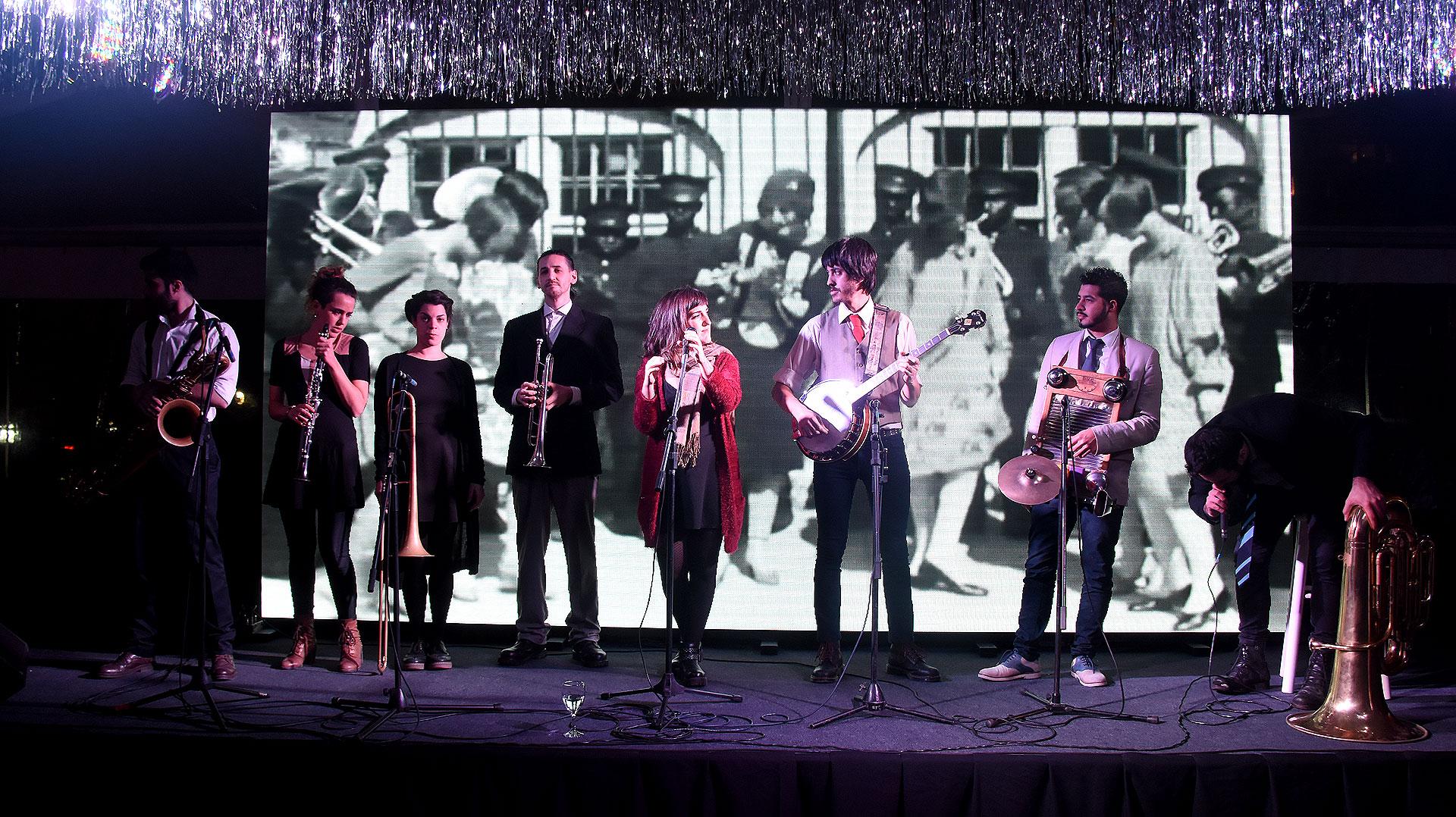 Los invitados disfrutaron de varios shows y diversas atracciones, como una performance de jazz