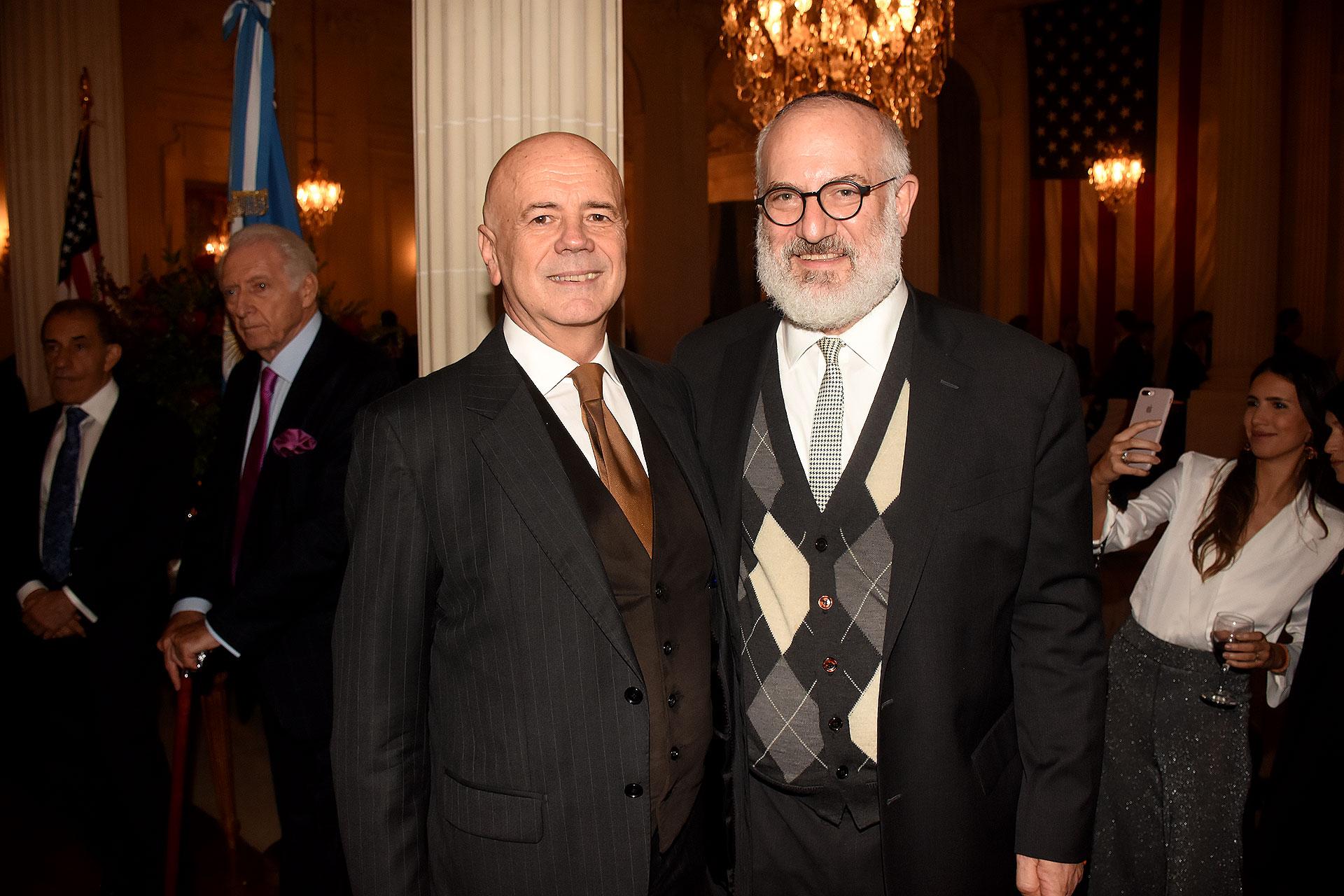 Jorge Telerman, director del Complejo Teatral de Buenos Aires, junto al empresario Eduardo Elsztain