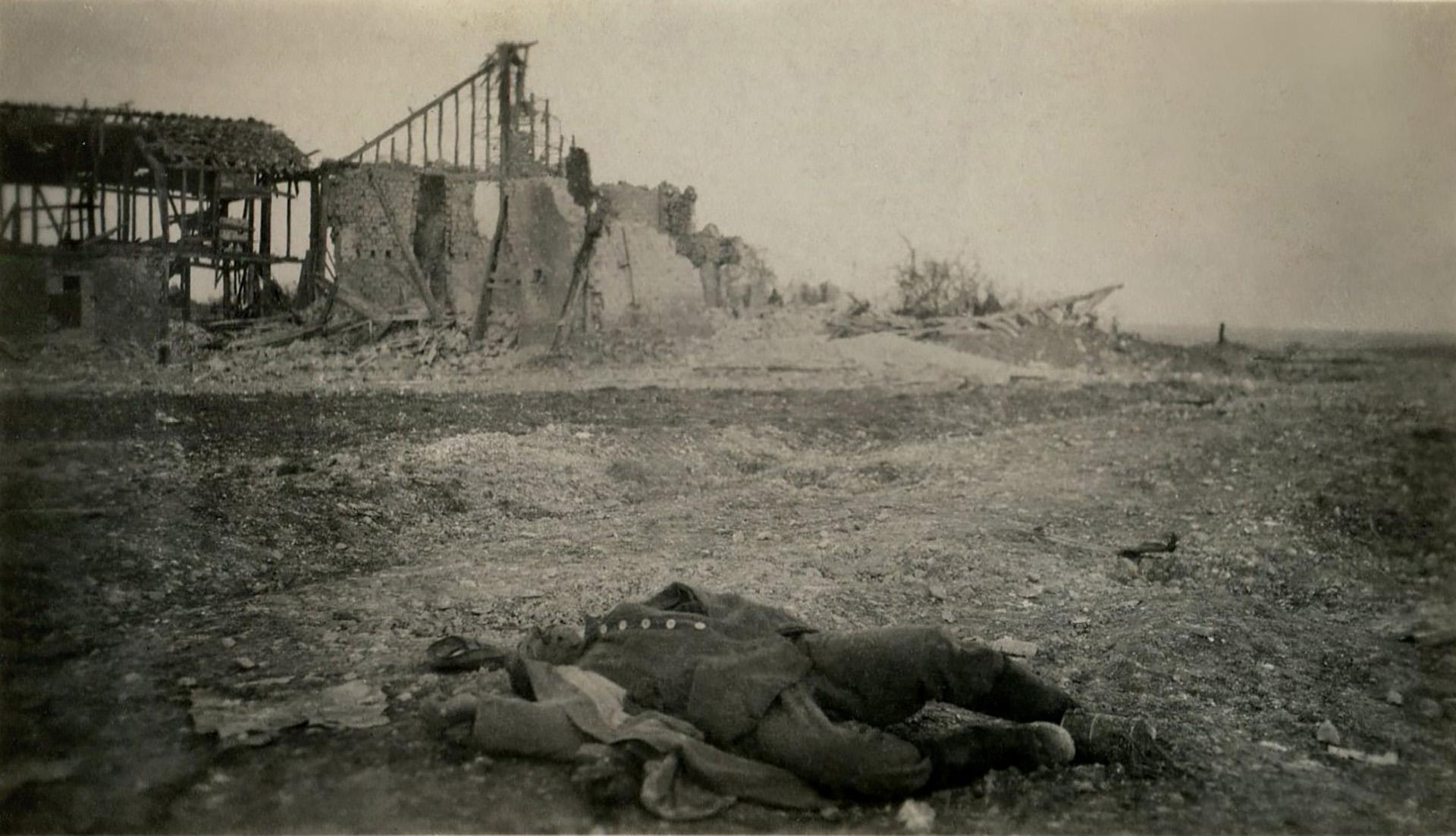 Un soldado muerto en un posible ataque con gases tóxicos