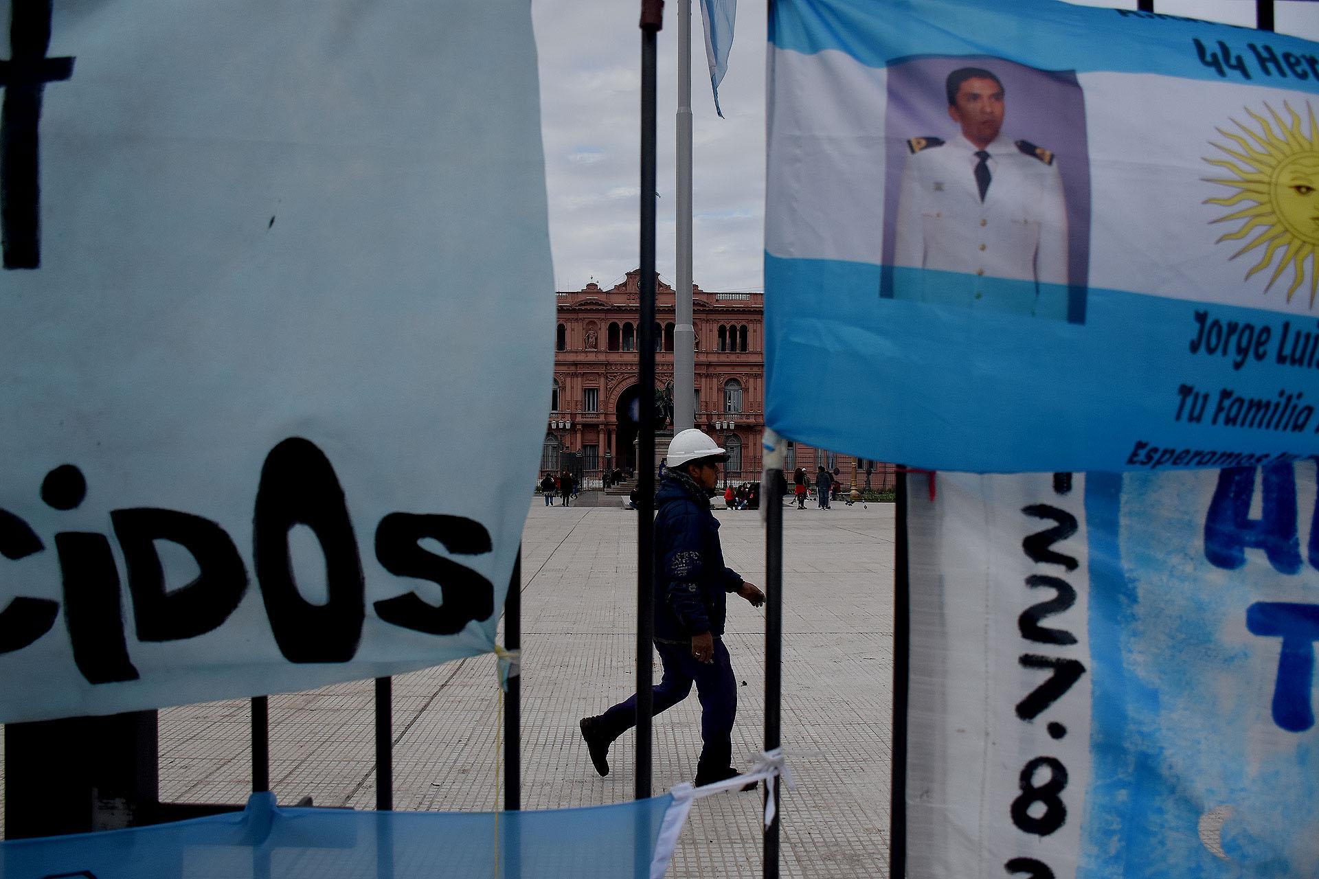 El Gobierno decretó tres días de duelo para homenajear a la víctimas del Ara San Juan