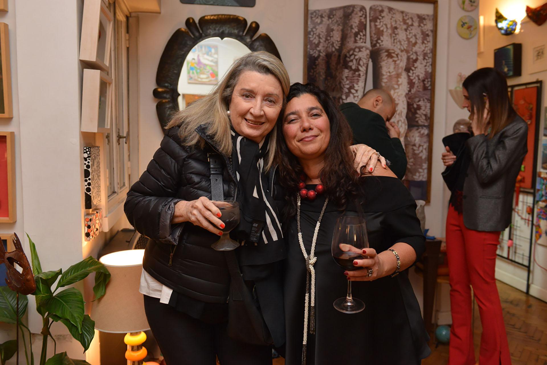 Alicia de Arteaga y Mariela Ivanier