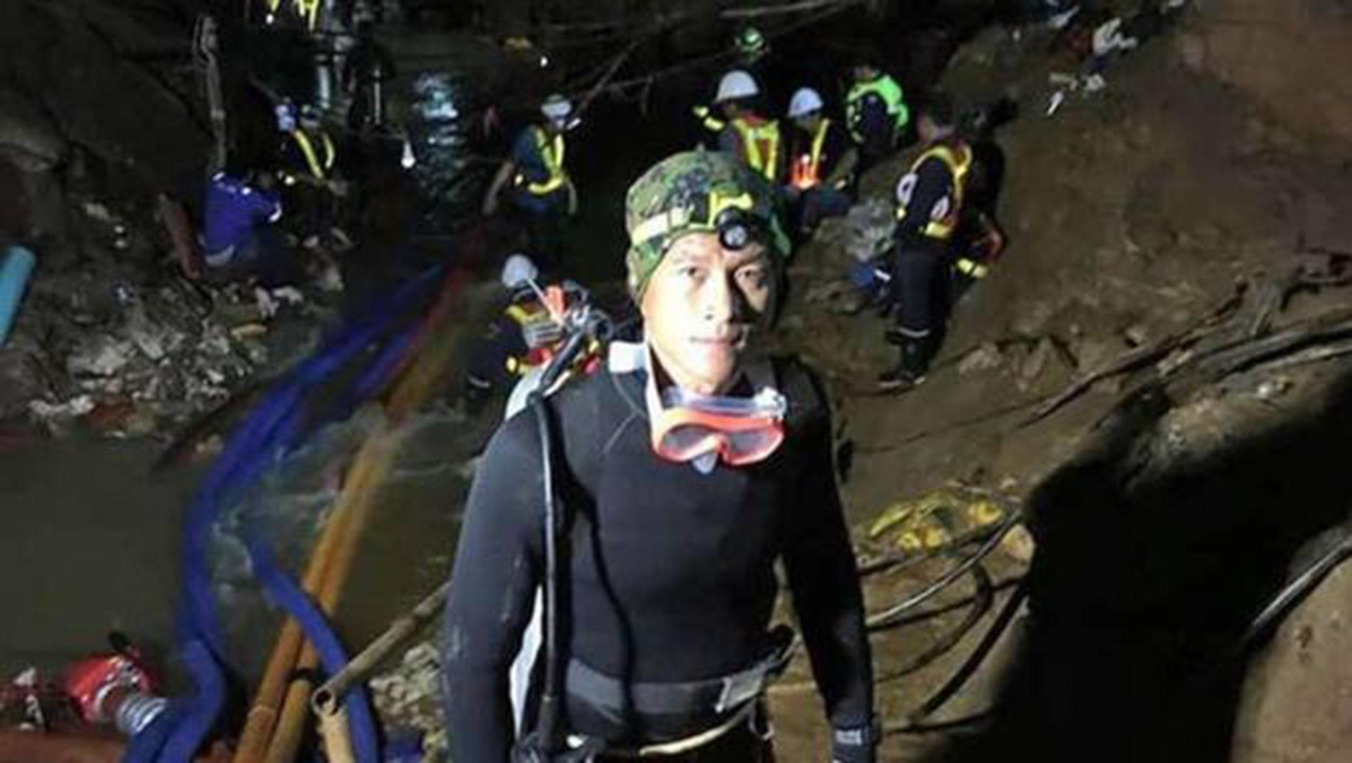 Resultado de imagen para niños tailandeses en cueva