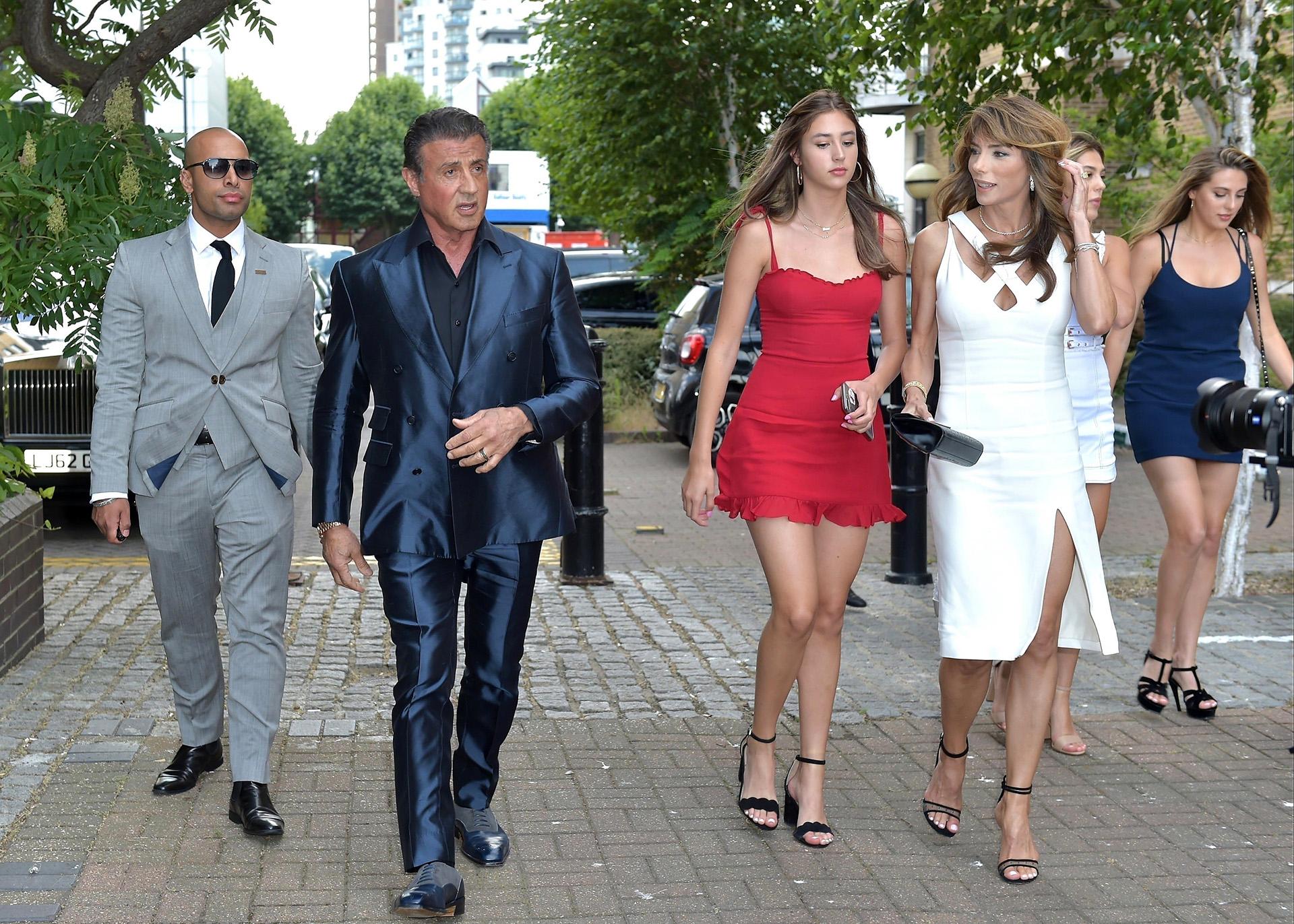La estrella de Hollywood llegó a acompañado por su familia (Grosby Group)