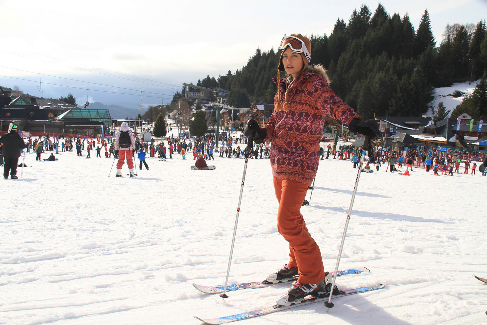 Sofía Jujuy Jiménez lista para su primera clase de ski