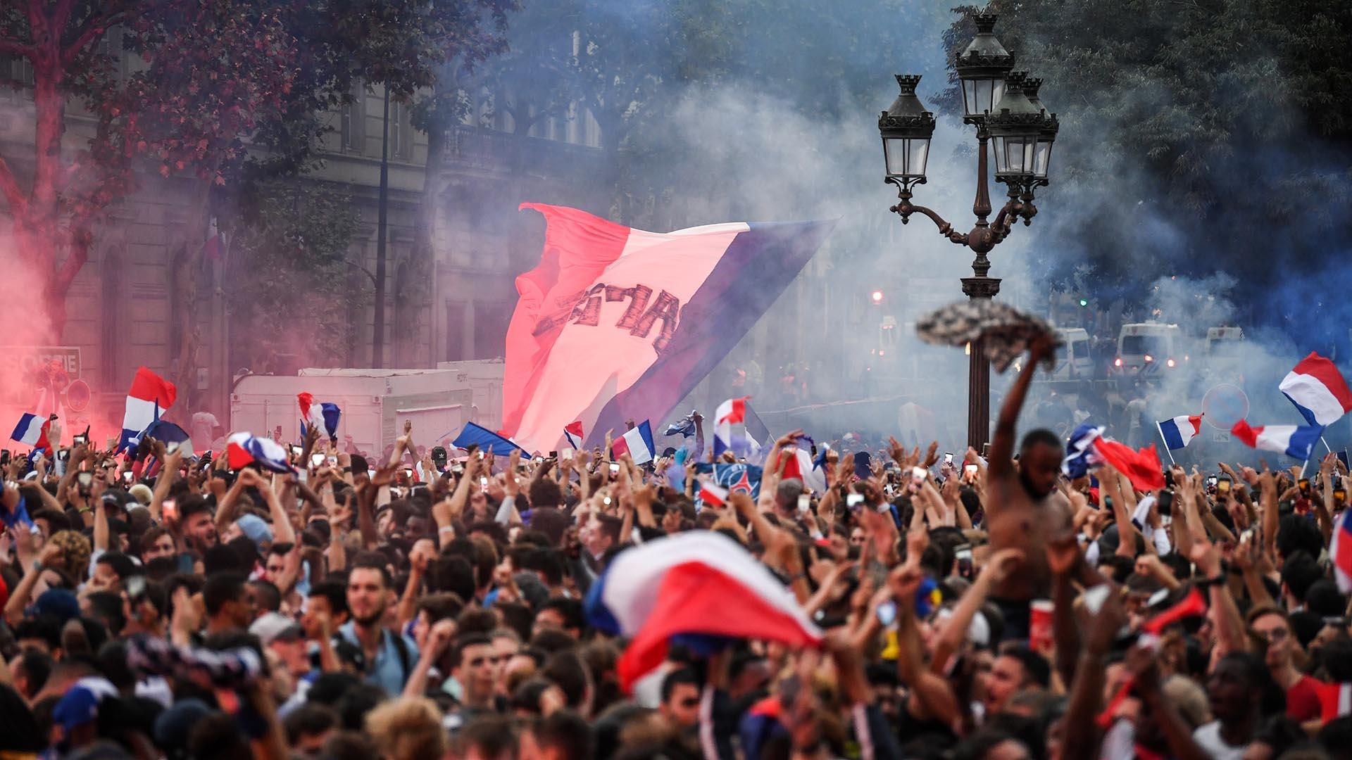 Muchísimo público siguió atento el triunfo en la capital francesa