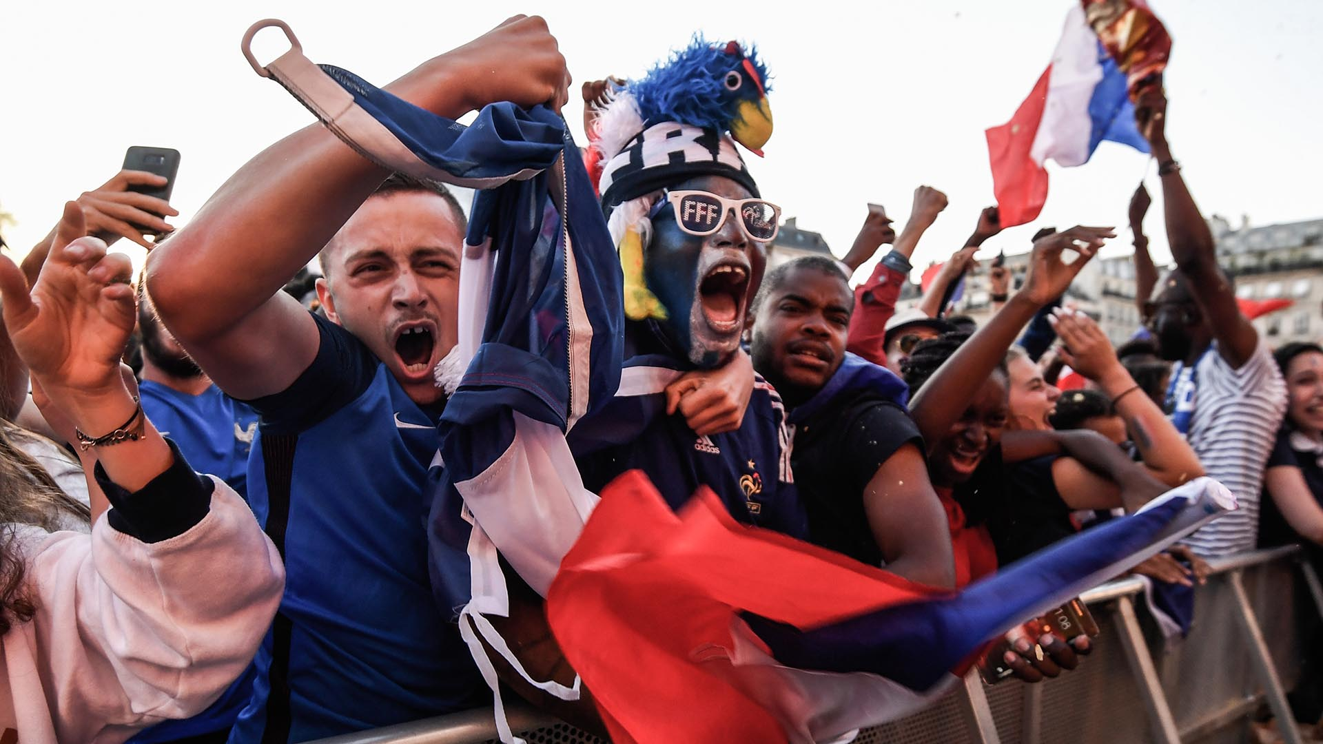 En París se celebró a lo grande la clasificación de Francia