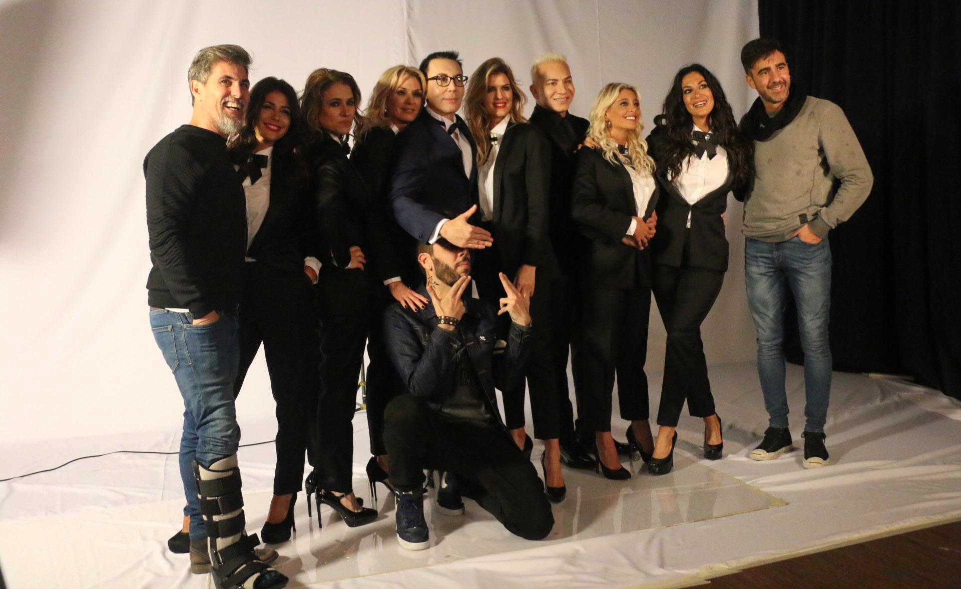"""El Chato Prada, Federico Hoppe y el """"Productor Enmascarado"""" también posaron para la cámara"""