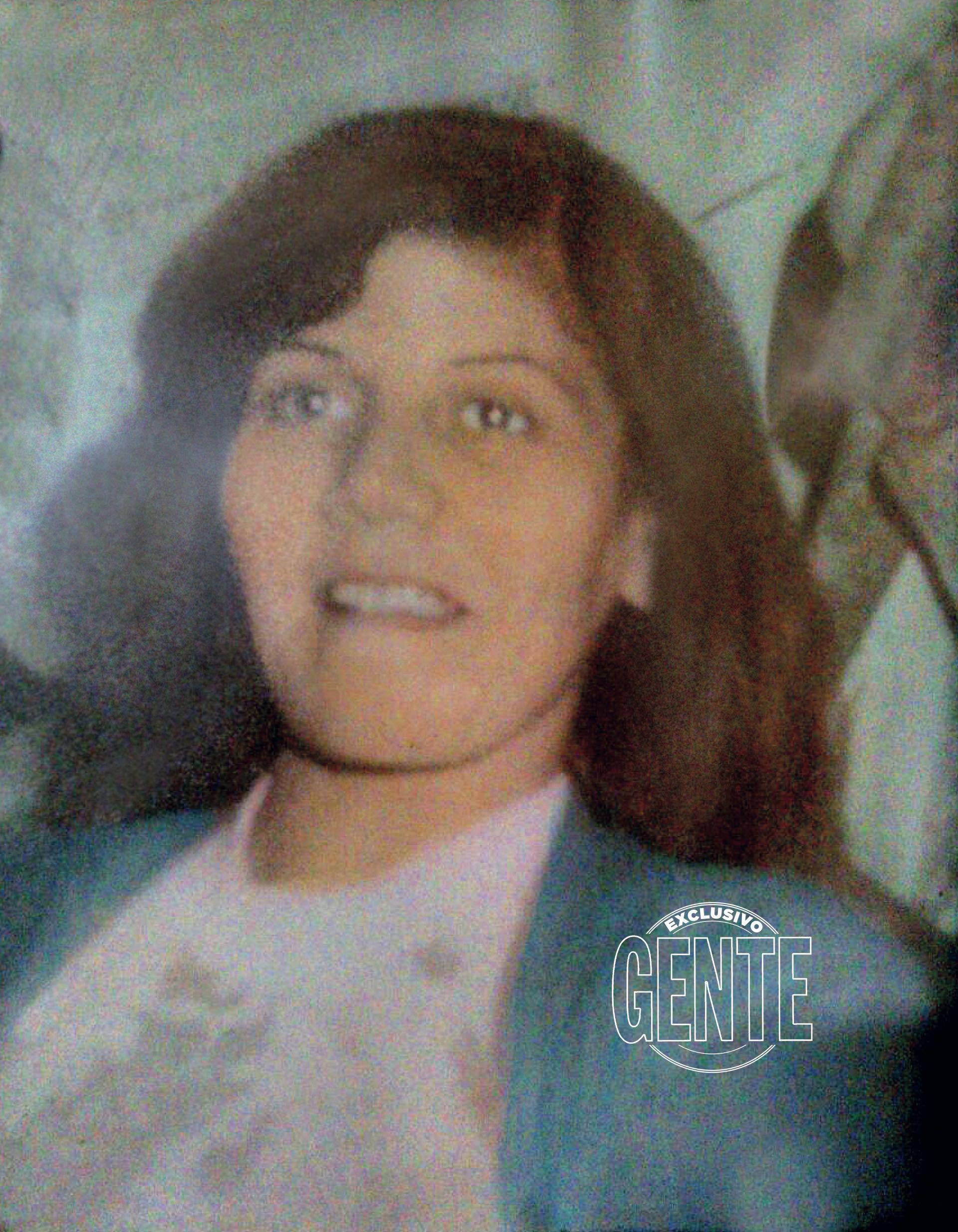 La única foto que Flor conserva de Sabina, su mamá. (Foto Álbum personal Flor de la V)