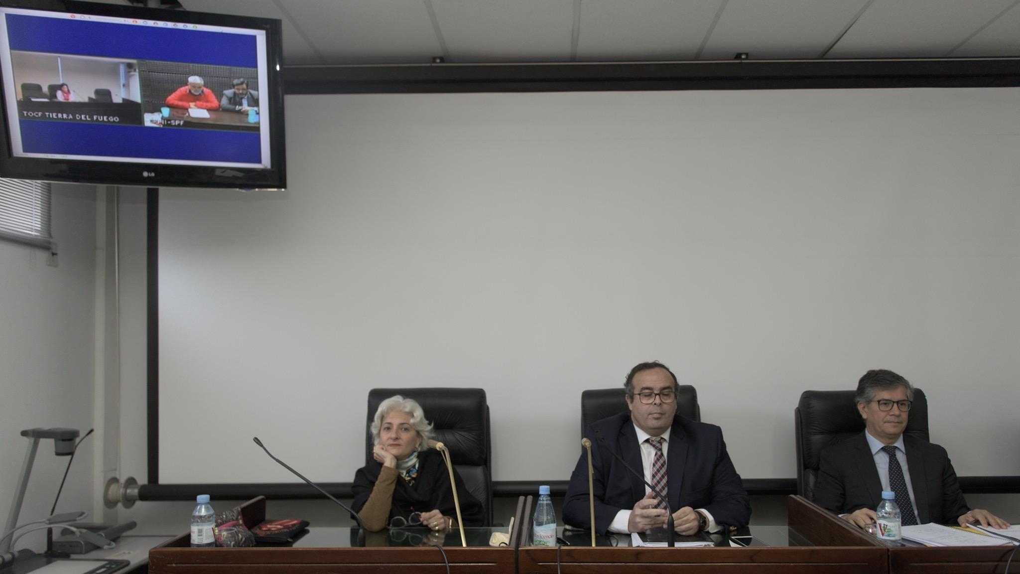 El tribunal que juzga a De Vido, con el ex ministro de fondo desde la cárcel de Marcos Paz (Adrián Escandar)