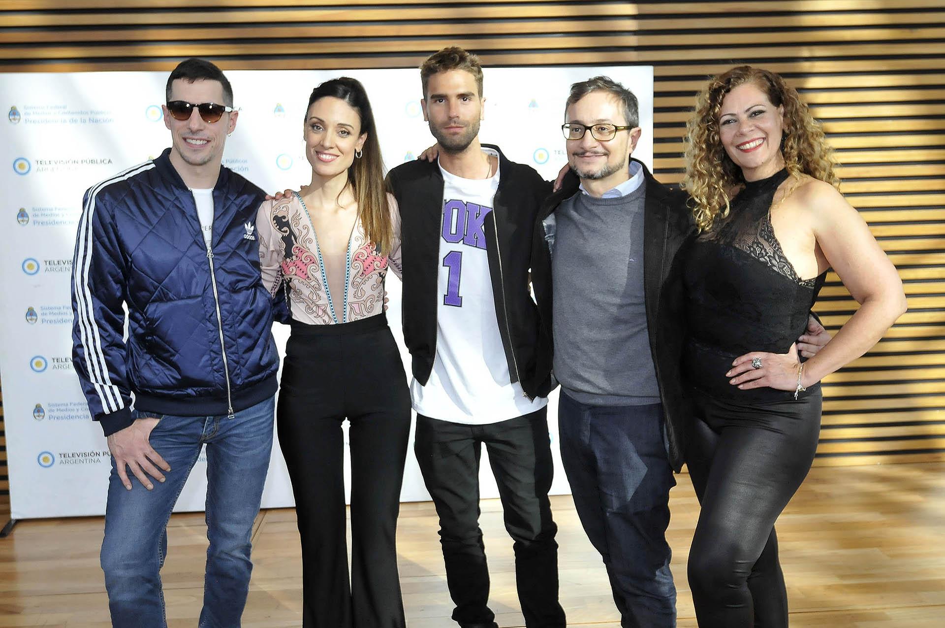 Esteban Lamothe, Martina Gusmán, Nicolás Furtado, Pablo Culell y Loren Acuña