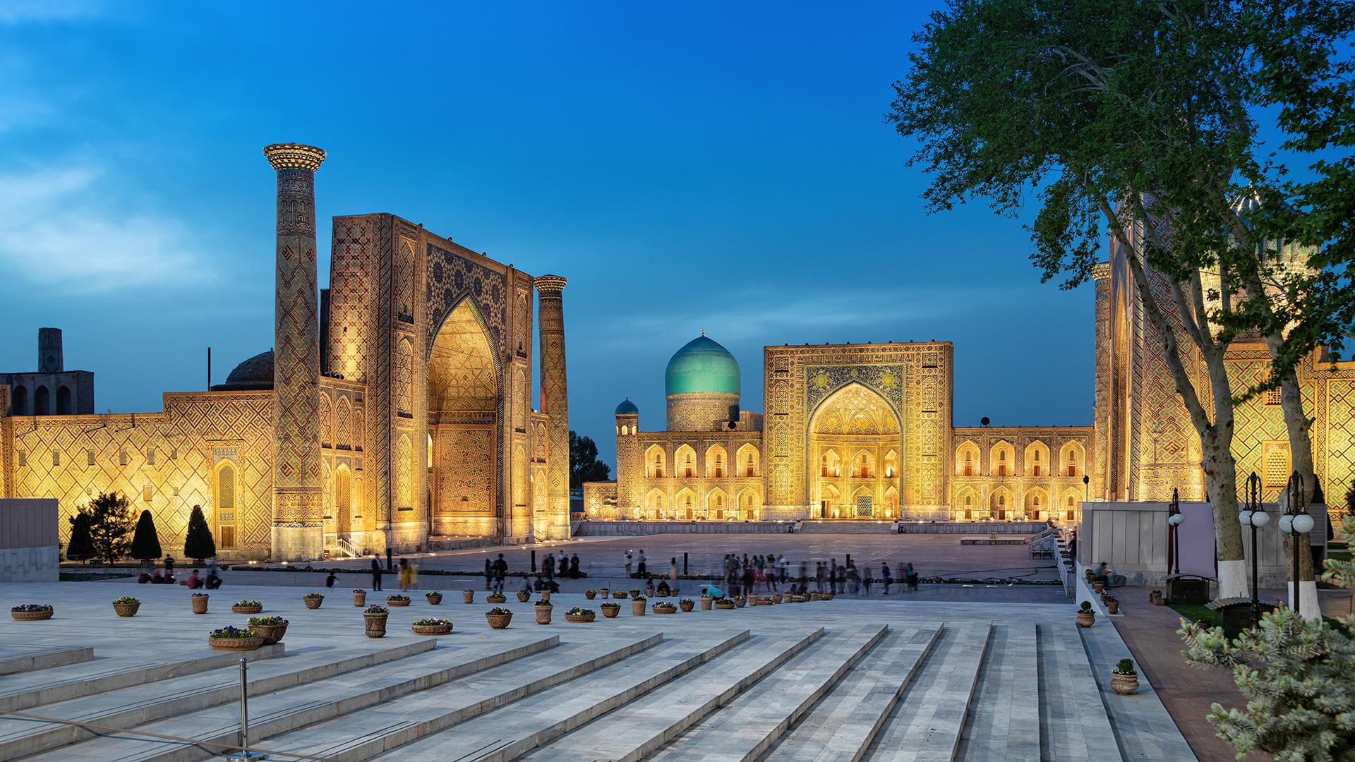 Desde rincones mágicos de la Ruta de la Seda y espacios abiertos épicos, hasta un peculiar pasado soviético; la República de Uzbekistán lo tiene todo para los viajeros curiosos