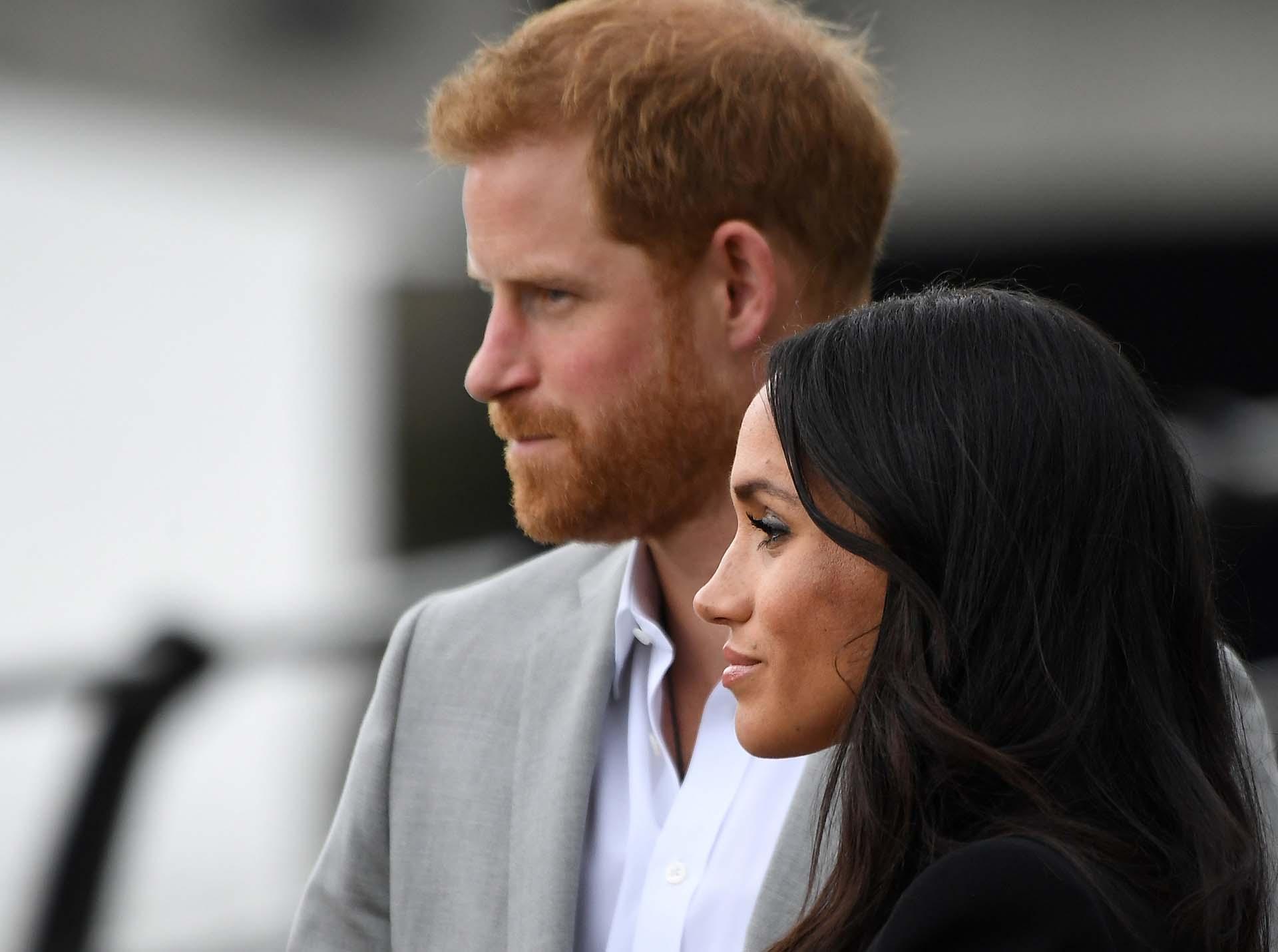 """""""Dentro de la familia real todos conocen las reglas. Está aprendiendo de la peor manera que no puedes confiar en nadie fuera del círculo estrecho"""", dijo el especialista"""