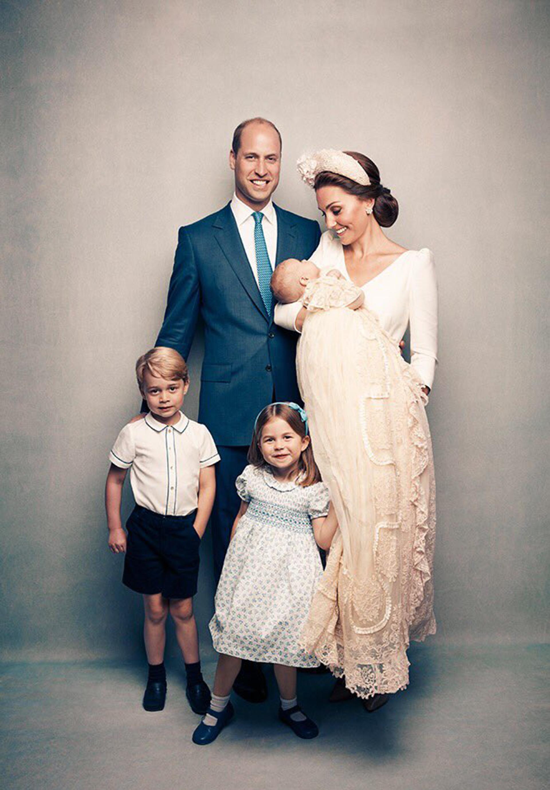 El príncipeWilliamyKate Middletonposaron junto con George,Charlotte yLouis