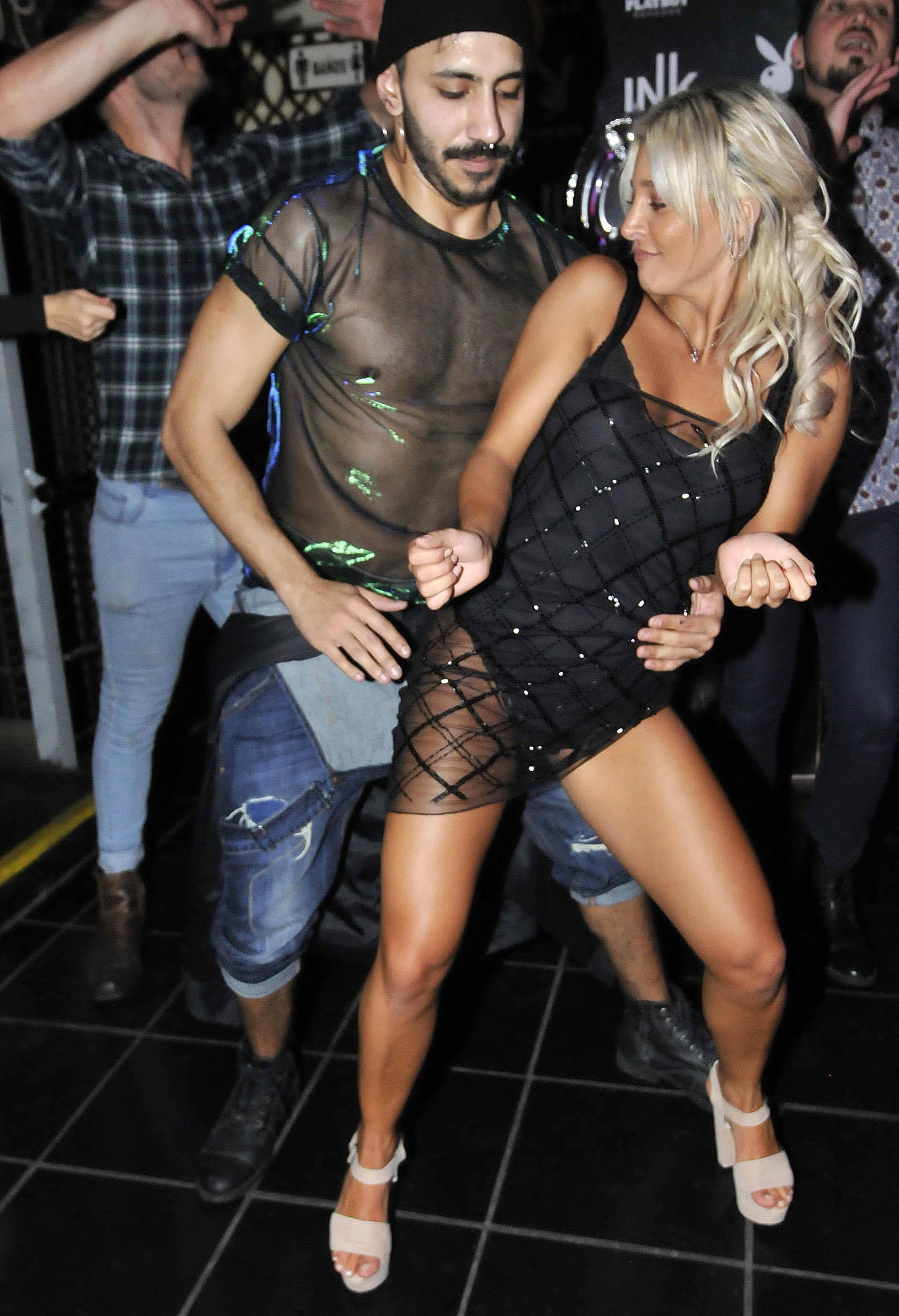 Pérez no paró de bailar toda la noche para celebrar sus 25 años