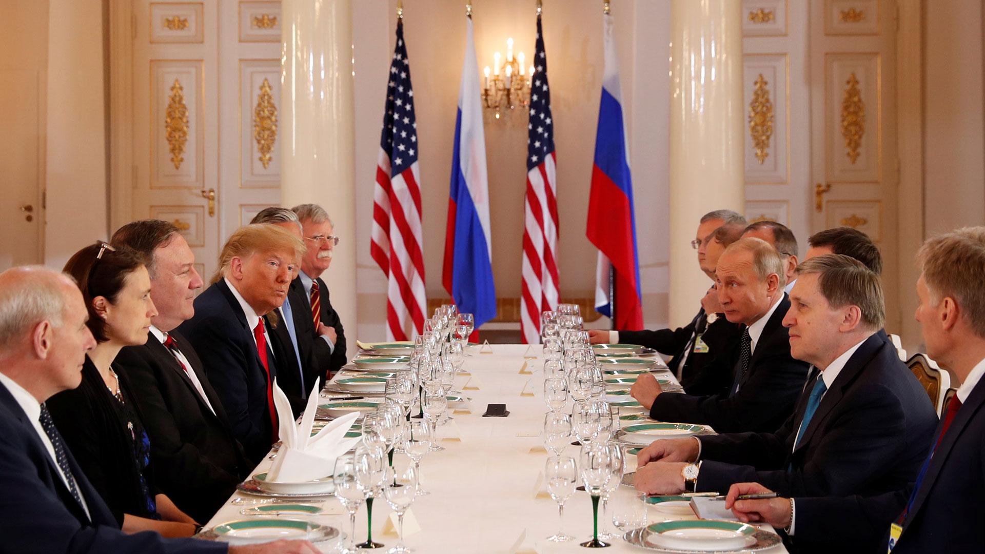 Tras la reunión en privado, los mandatarios continuaron con un almuerzo junto con sus asesores
