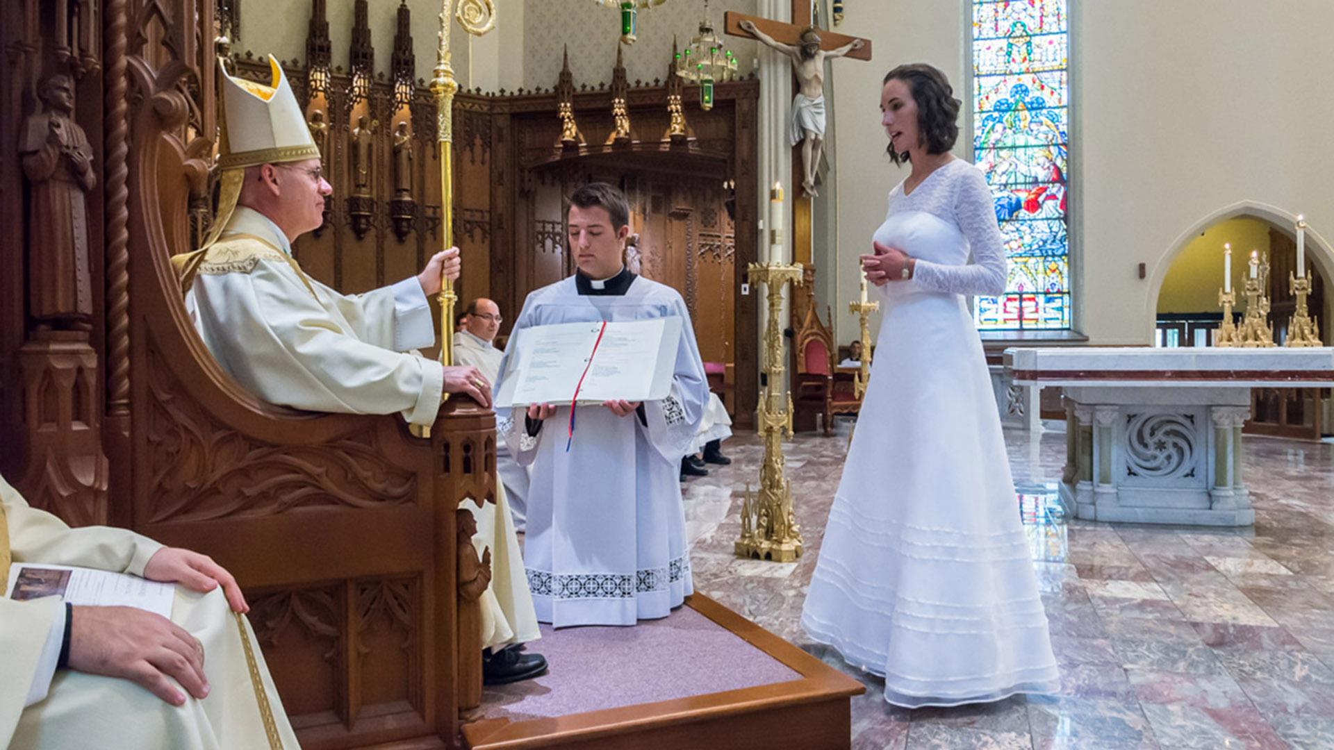 Resultado de imagen para jessica hayes vaticano