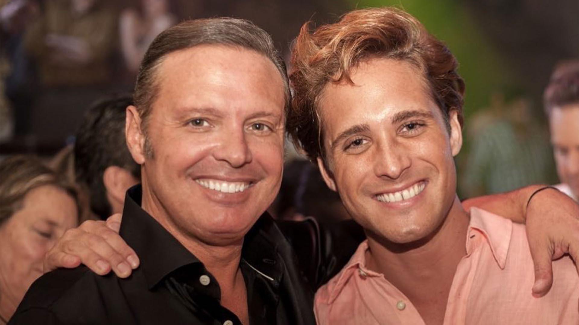 Luis MIguel y el actor Diego Boneta, que lo interpretó