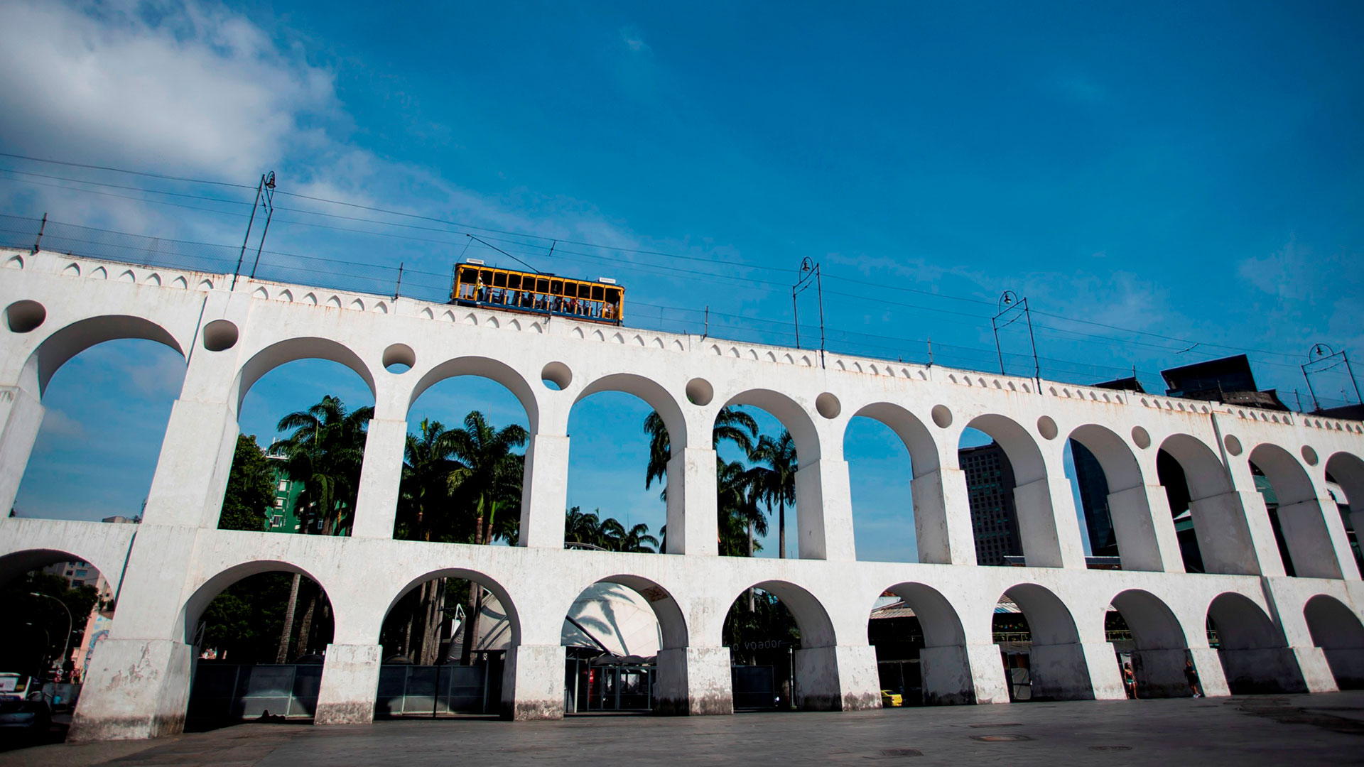 El lado bohemio de la ciudad es resaltado por los Arcos da Lapa