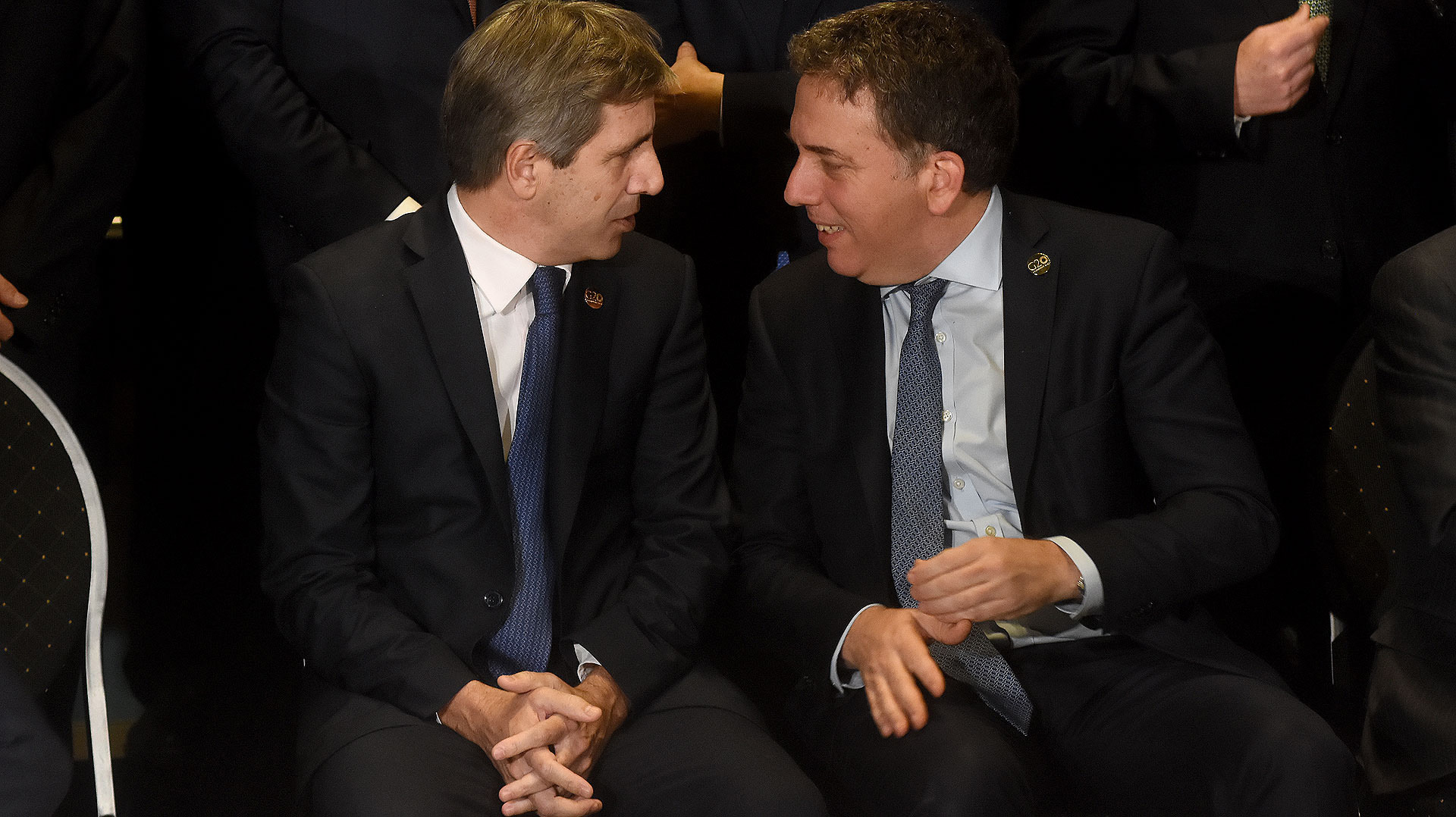 La coordinación de políticas del Banco Central y Hacienda, por parte de Luis Caputo y Nicolás Dujovne, trajeron un día de alivio a los mercados (Nicolás Stulberg)