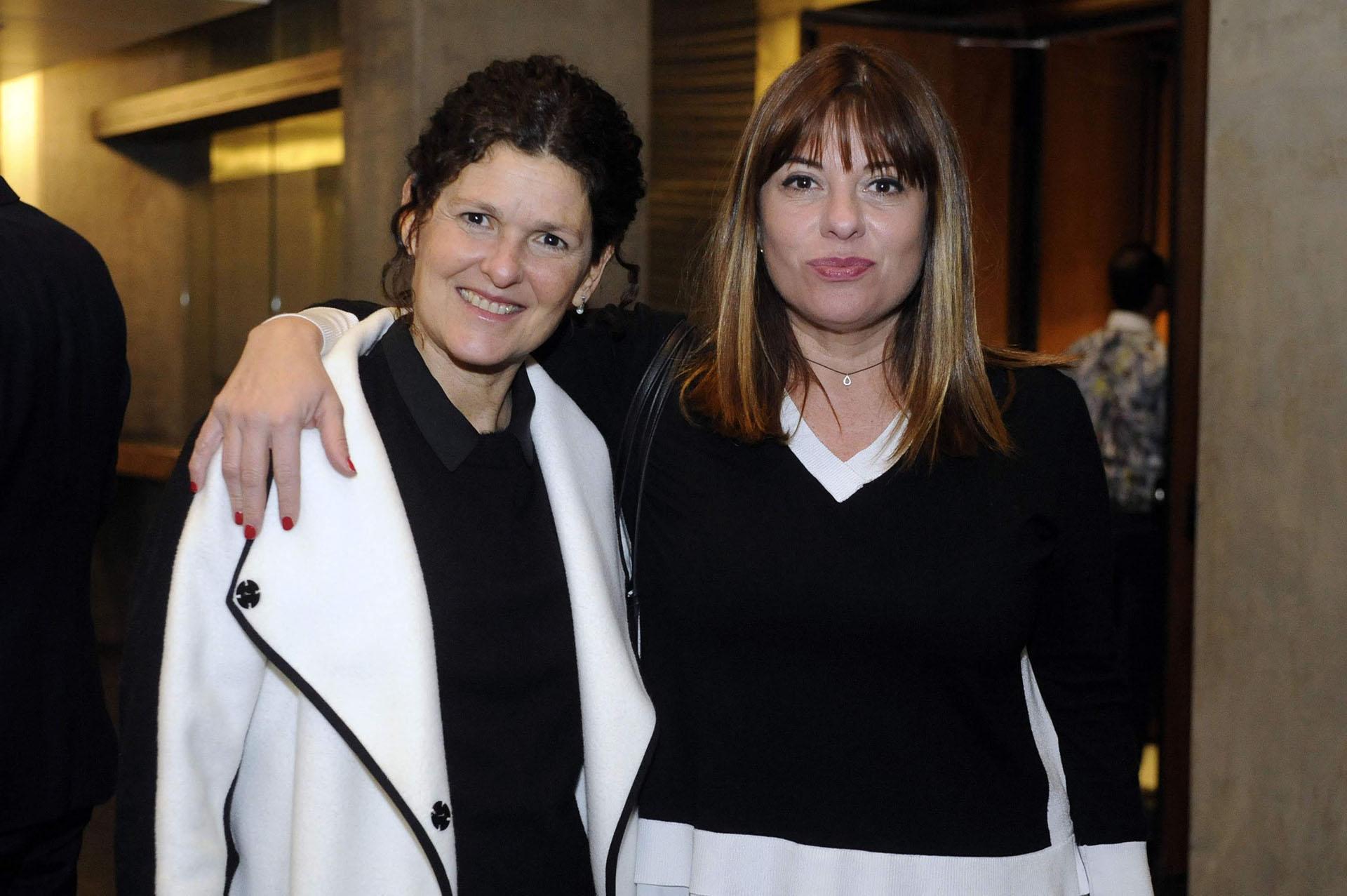 Gabriela Ricardes, secretaria de Contenidos Públicos del Sistema Federal de Medios y Contenidos Públicos, y Ana Gerschenson, directora de Radio Nacional