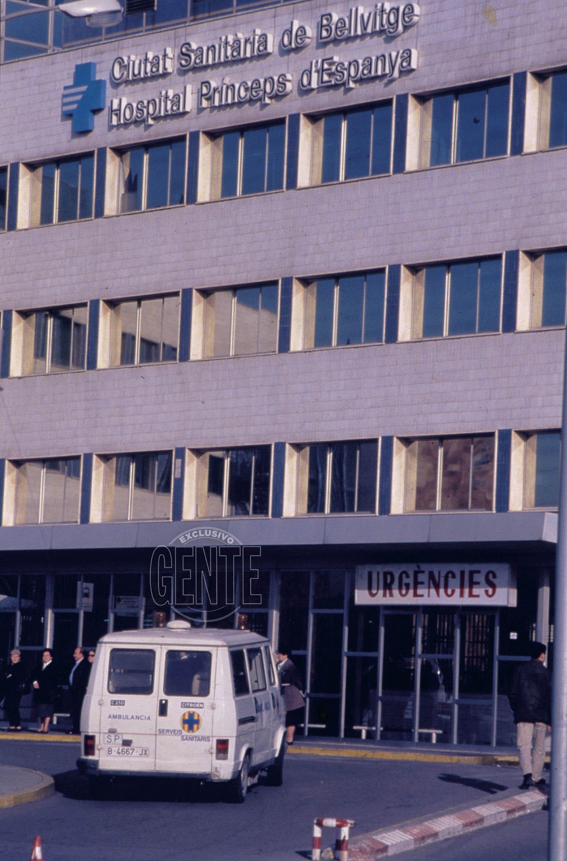 La fachada del hospital Príncipes de España, de la Ciudad Sanitaria de Bellvitge.(Foto Archivo GENTE)