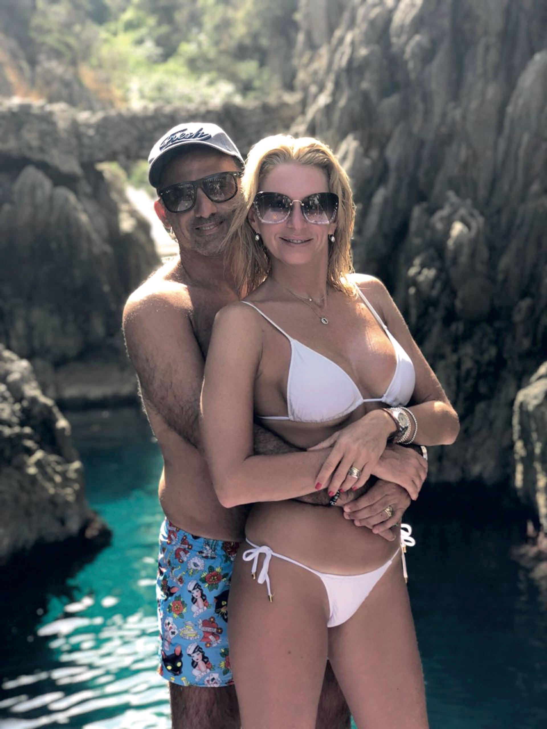 Yanina y Diego Latorre en la isla de Capri, Italia