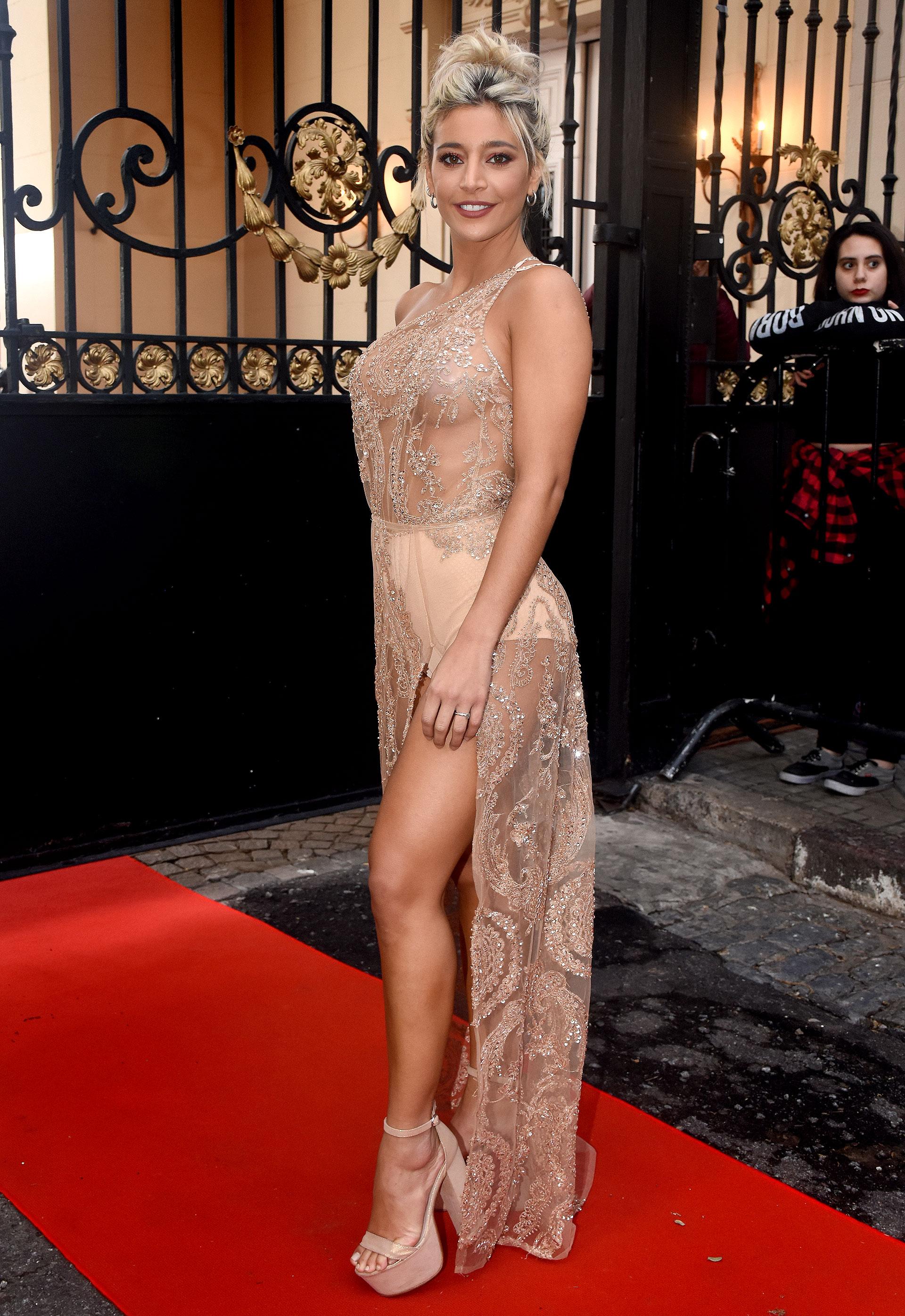 """Sol Pérez lució un vestido súper sensual de la diseñadora Paz Cornú. La conductora participará por segundo año consecutivo en el """"Bailando"""" (Nicolás Stulberg)"""